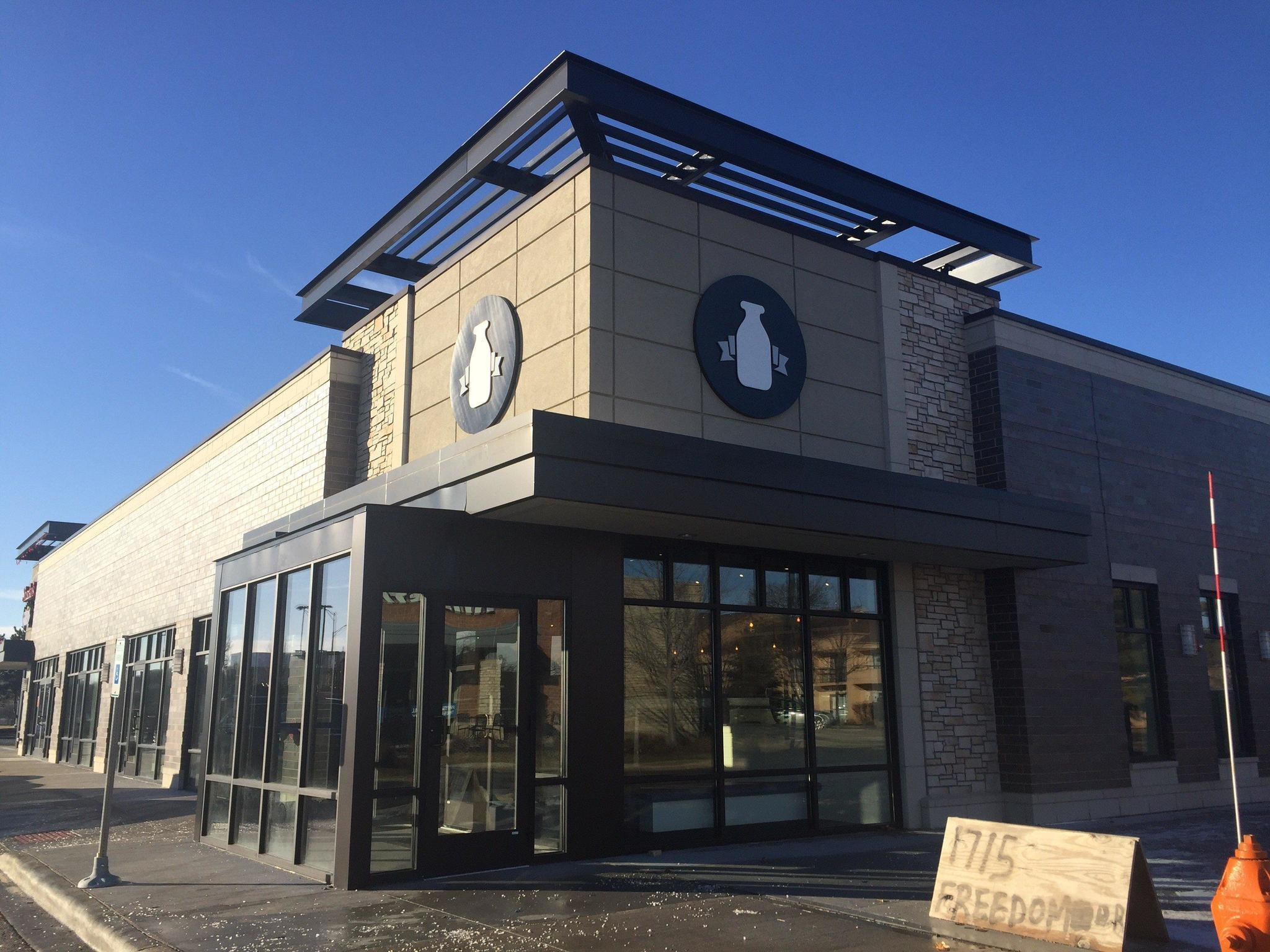 Elevated Breakfastlunch Restaurant Opens In Naperville