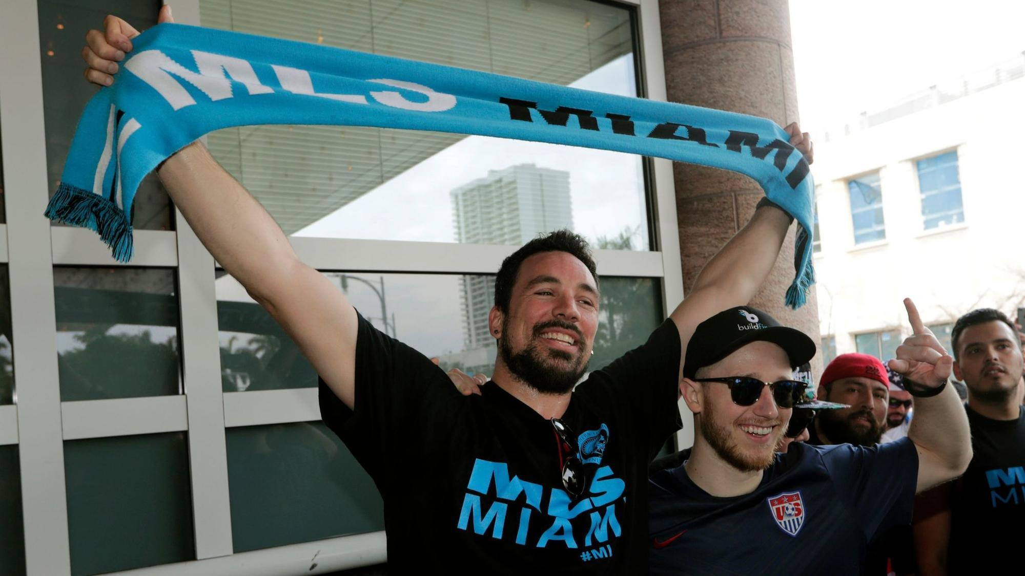 welcome to miami fans give david beckham s new soccer team a warm