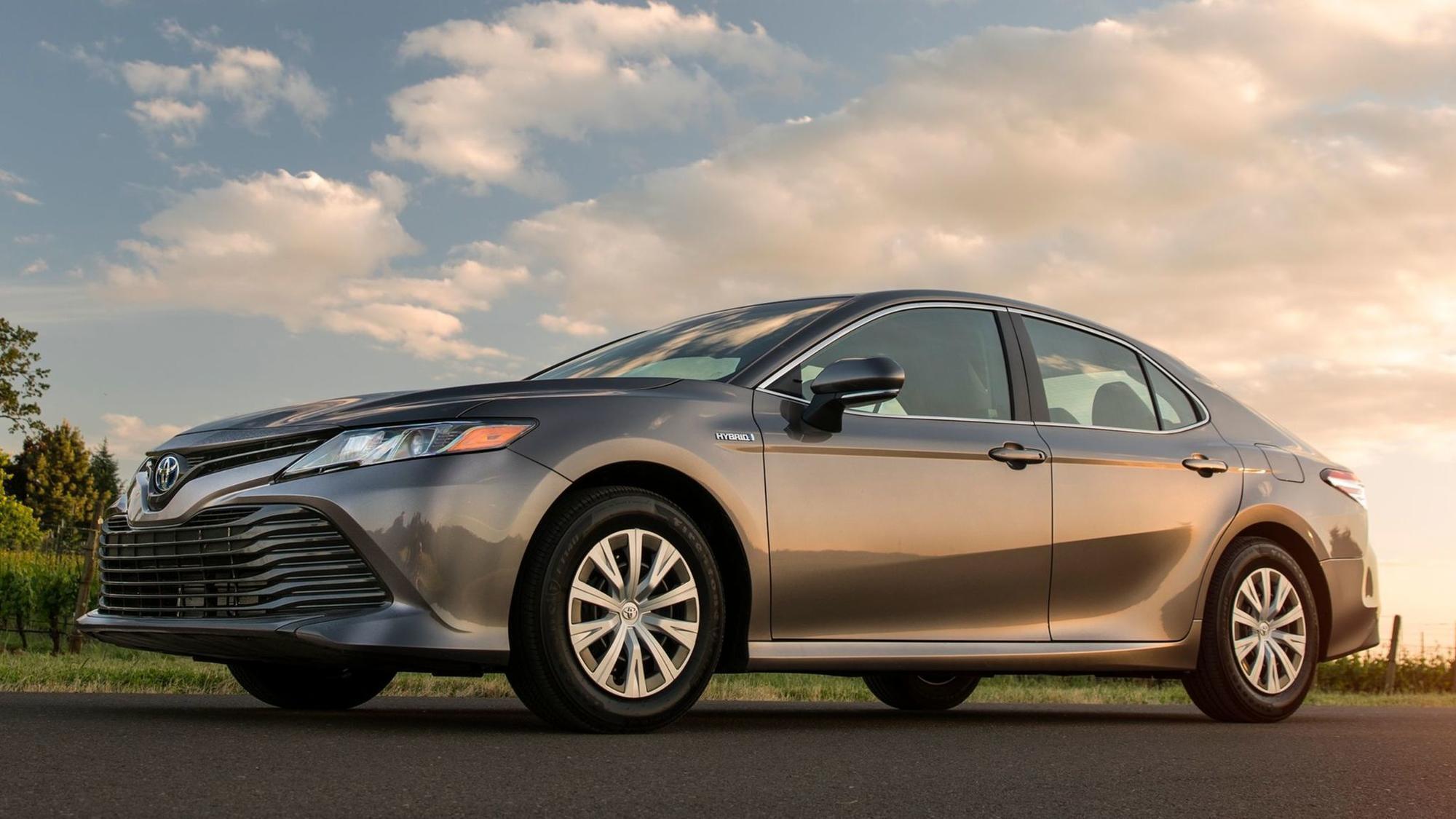 2018 Toyota Camry Hybrid Le A Young Sheldon Of Midsize Sedans The San Go Union Tribune