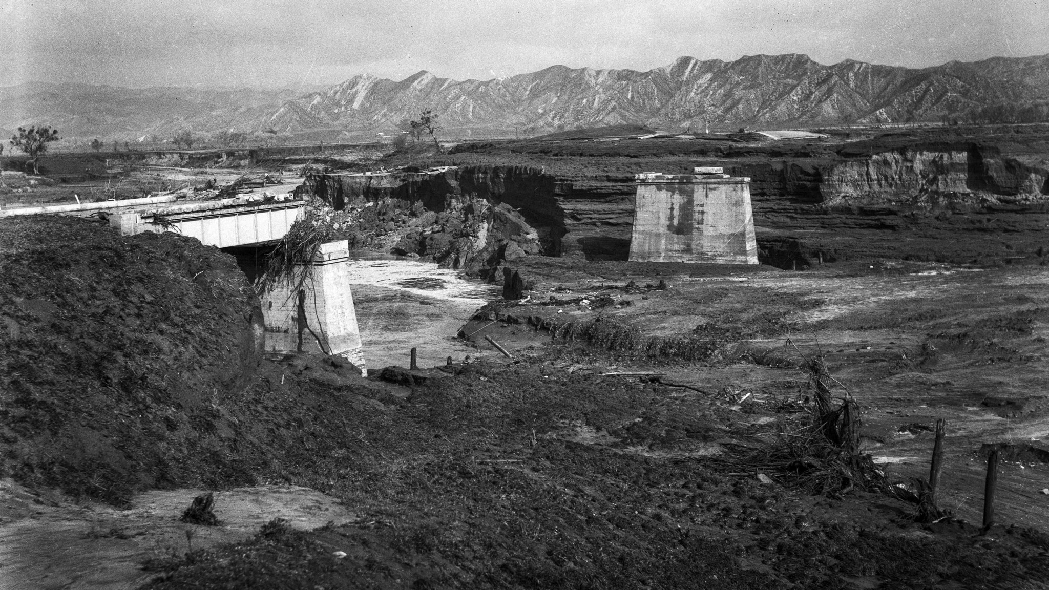 March. 13, 1928: View of Main Highway Bridge one and onee-half miles from Castaic. Only the supports