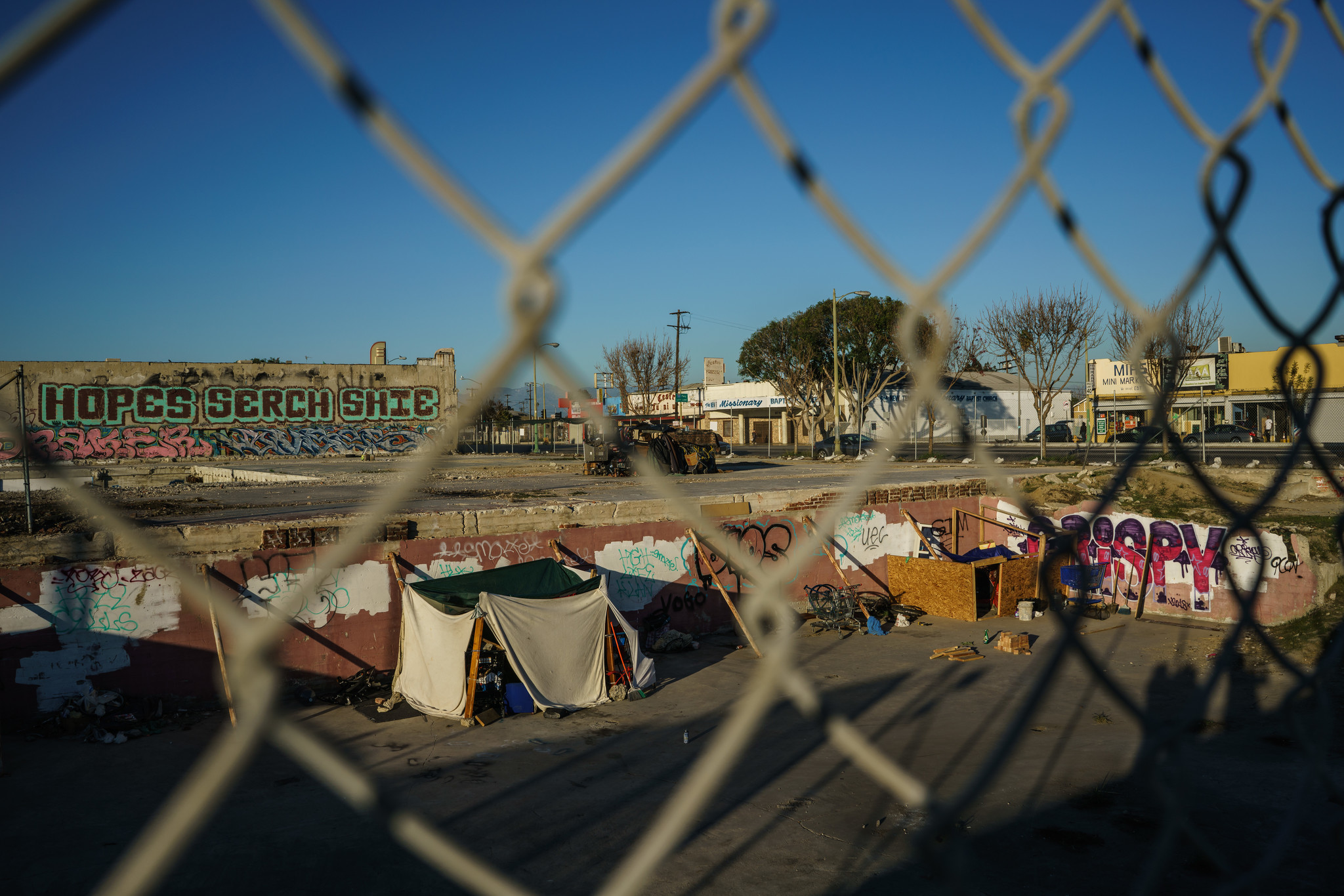 LOS ANGELES, CALIF. — WEDNESDAY, FEBRUARY 7, 2018: Homeless encampment in a property owned by Neigh