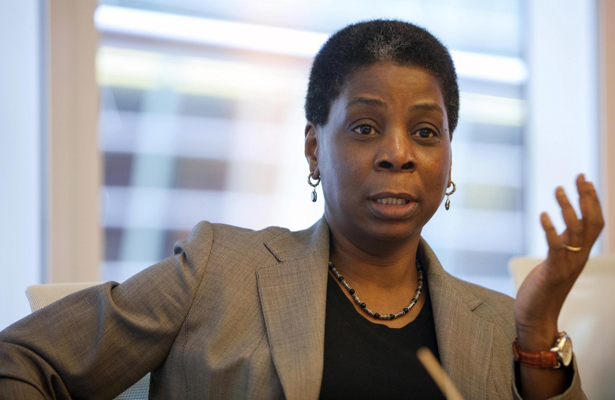 Even Among Harvard Mbas Few Black Women Ever Reach
