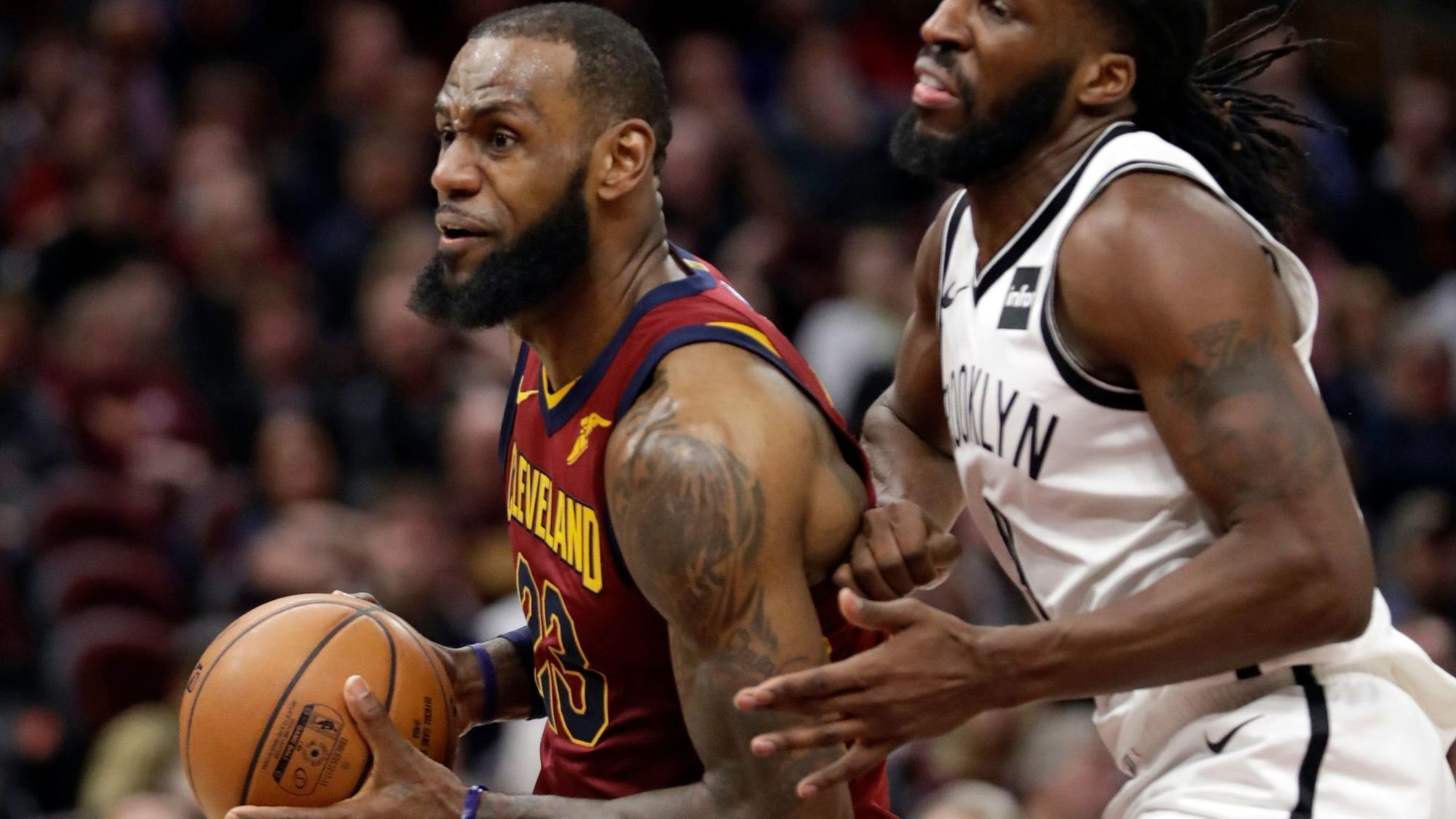 Lebron James First Nba Player With 30 000 Points 8 000
