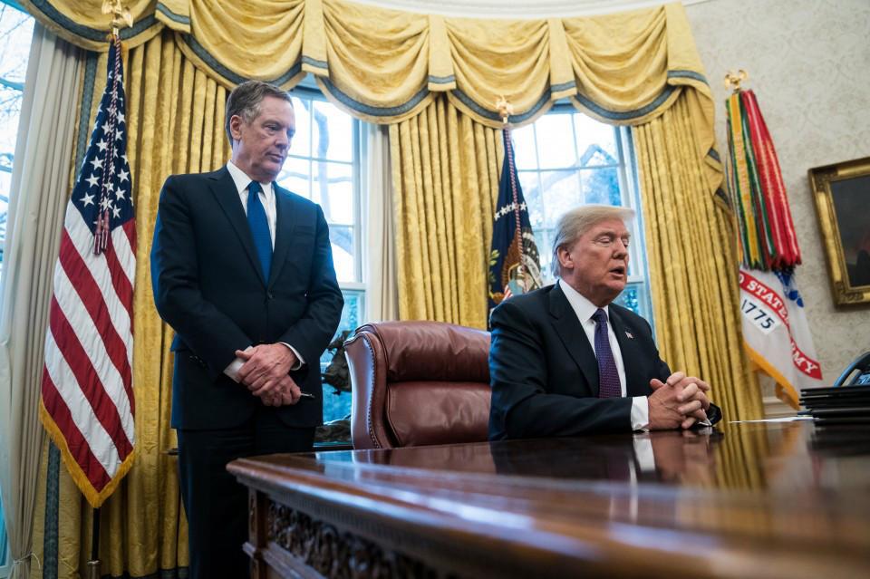 Trump says he will order tariffs on steel, aluminum imports next week