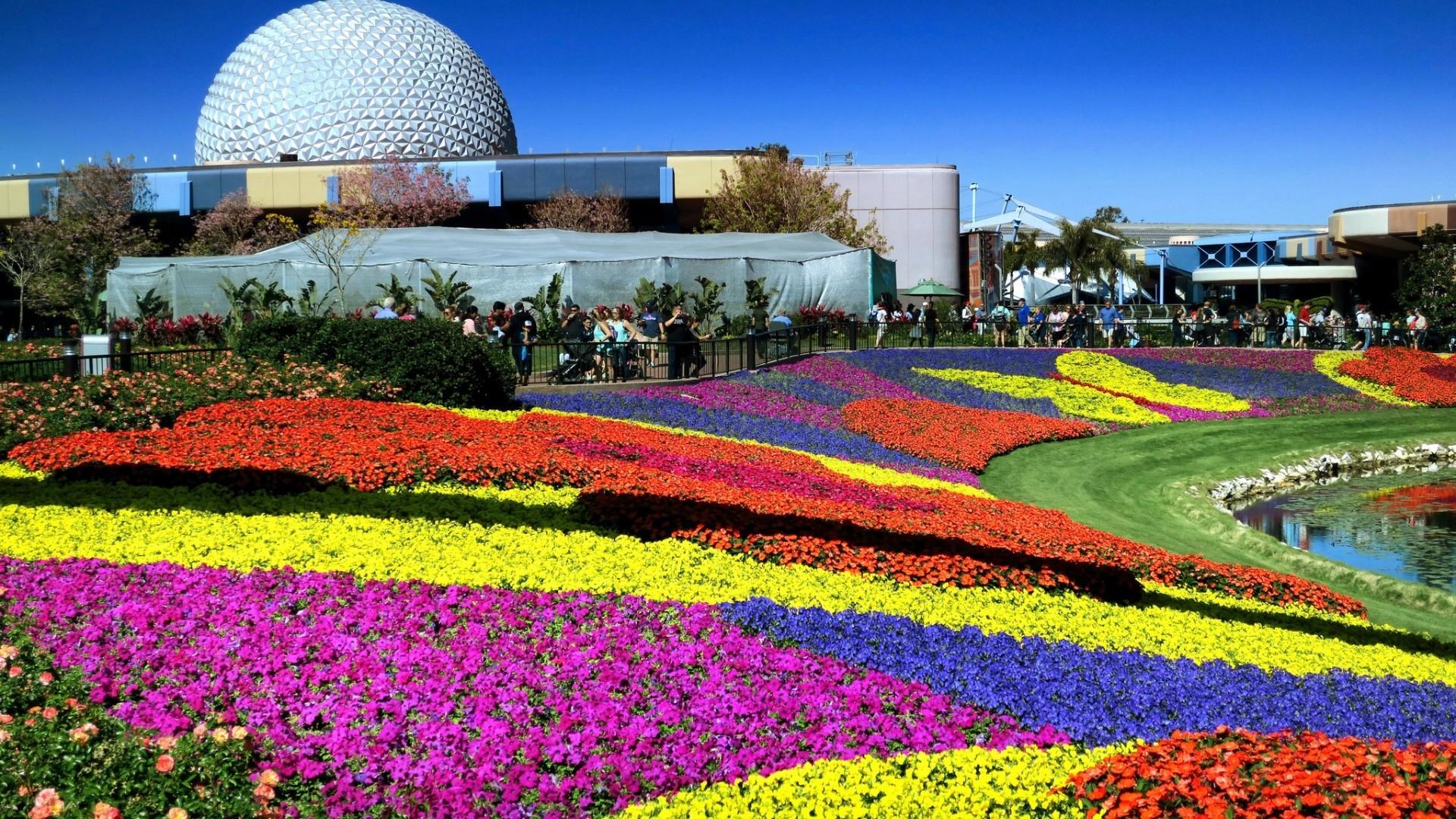 Sneak peek at 25th epcot international flower garden - Epcot flower and garden concerts ...