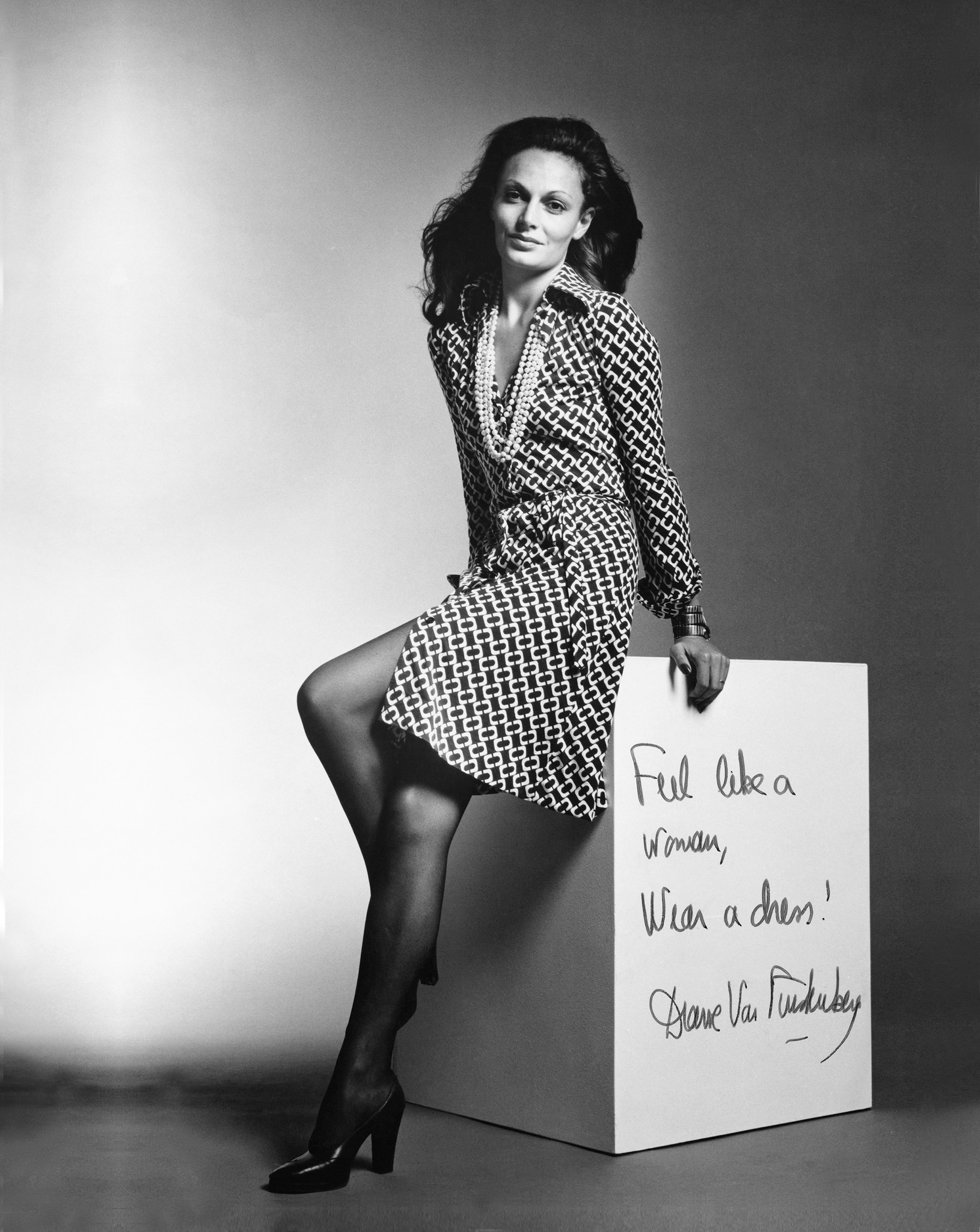 Diane Von Furstenberg Creator Of The Wrap Dress Is A Champion For Women S Causes What Else Does Her Future Hold Los Angeles Times