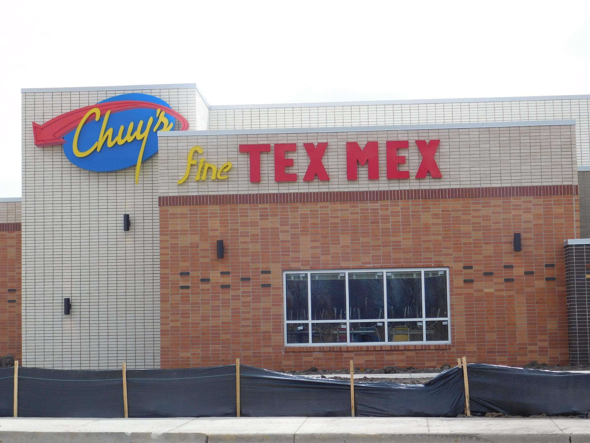 Comings Goings Chuy S Tex Mex To Open In Orland Park Daily Southtown