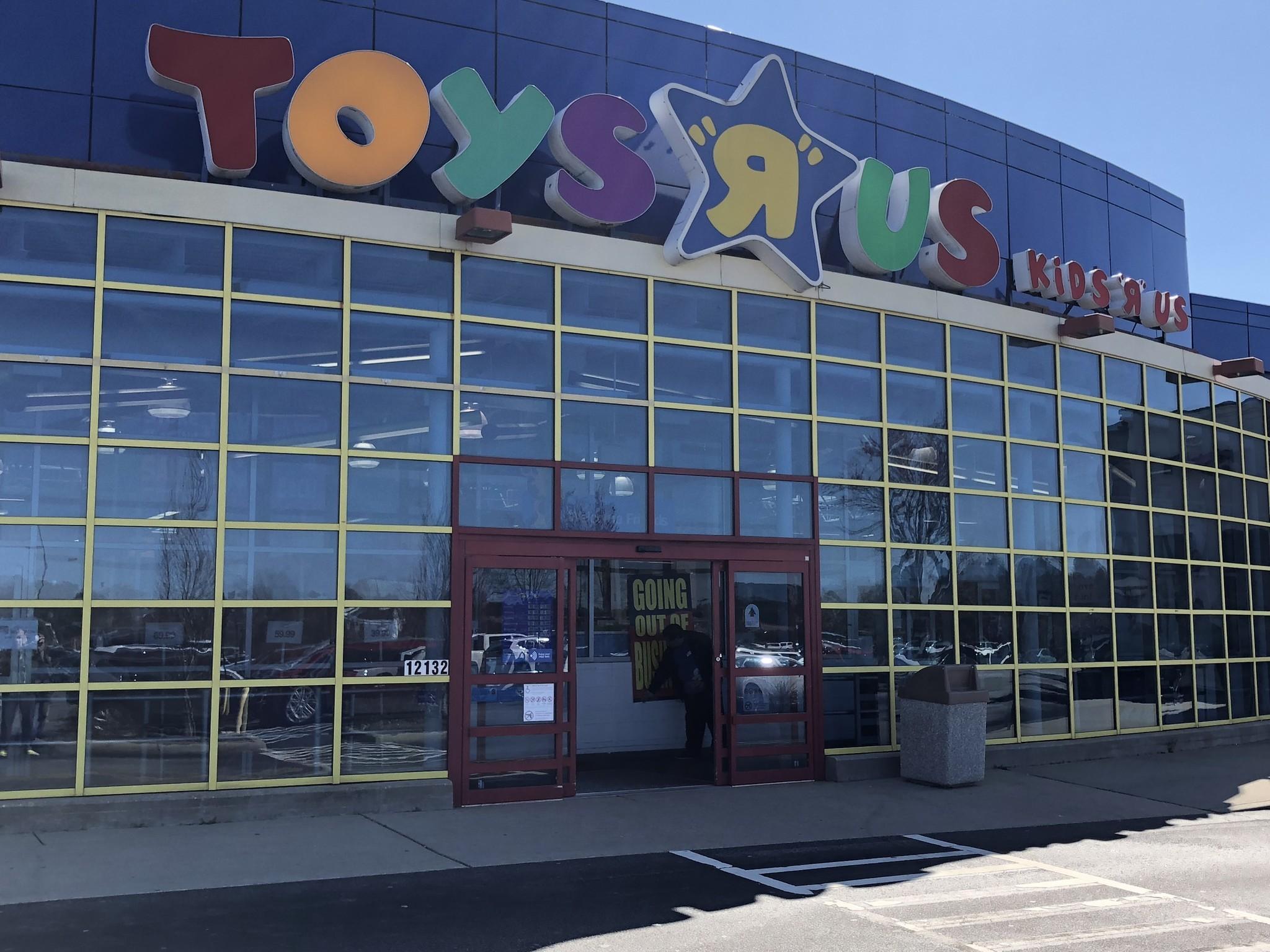 Peninsula Toys R Us Babies R Us Liquidation Sales