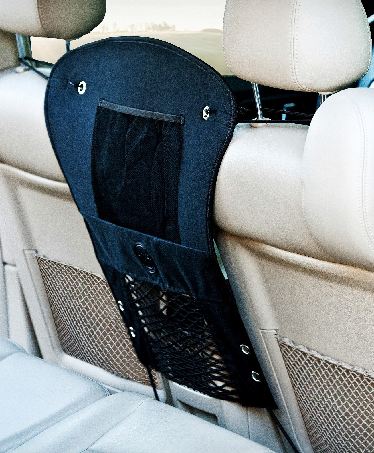 Dogged Restraint - K&H Car Travel Safety Barrier attaches via elastic bungee cords that hook around