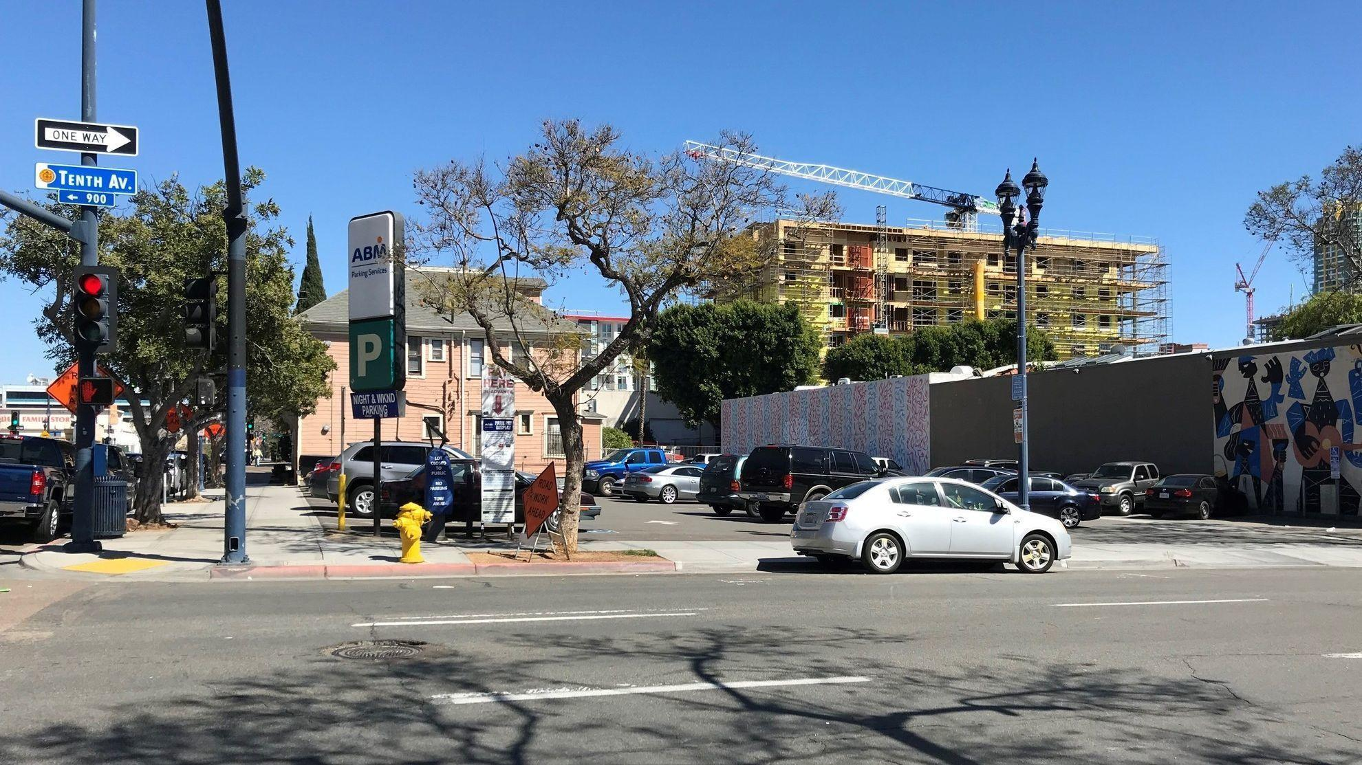 This downtown parking lot could become an apartment building the san diego union tribune - Apartment buildings san diego ...