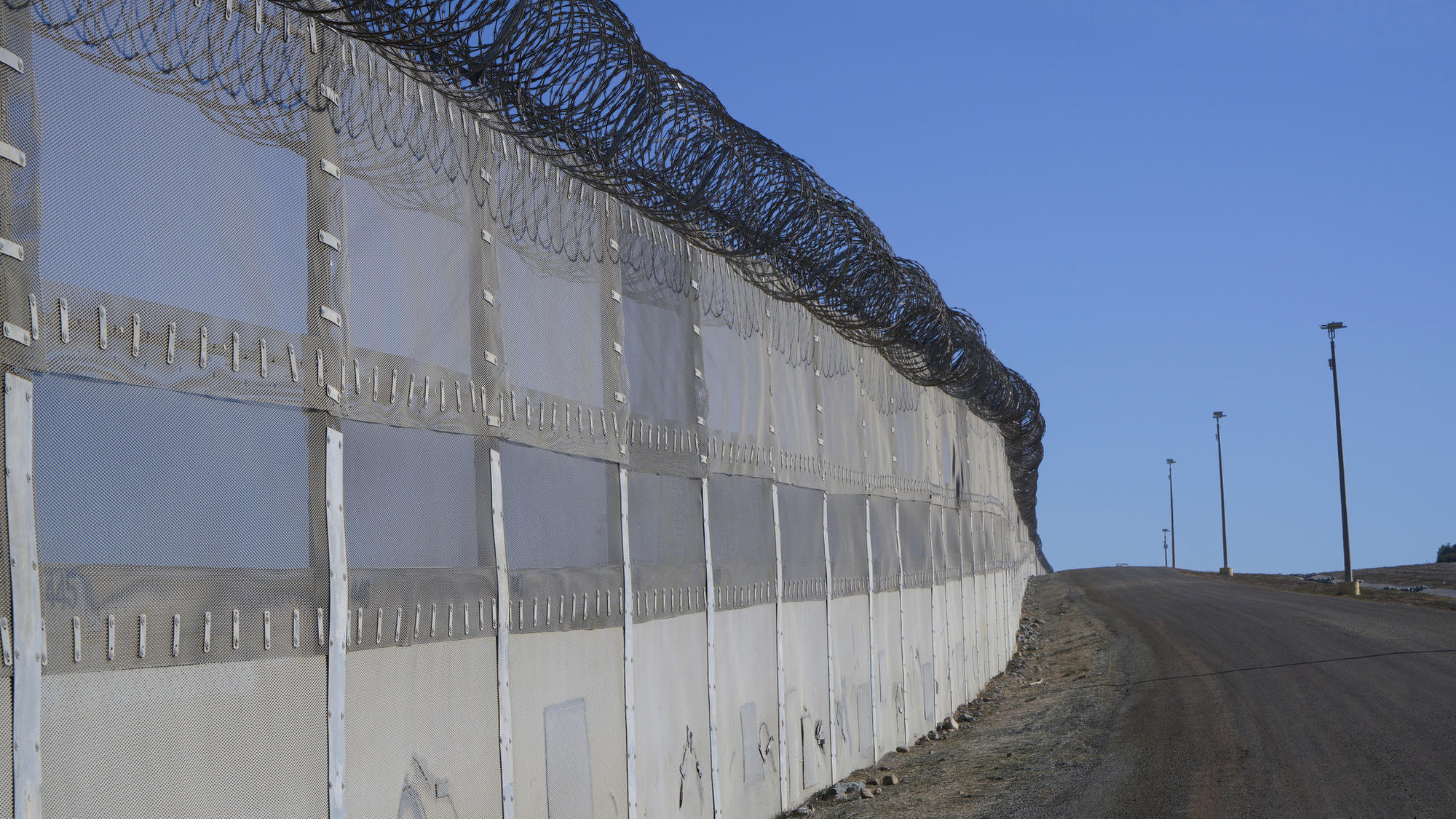 San Diego Receives Additional 251m In Border Fence