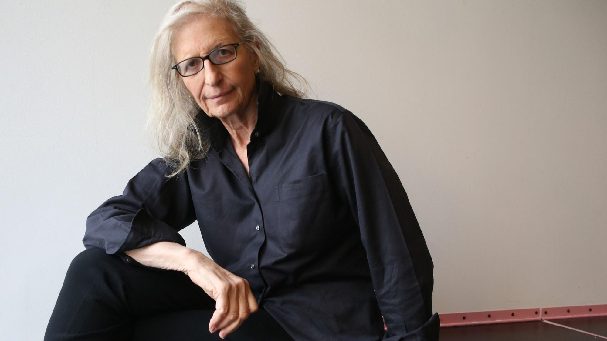 annie leibovitz in chicago talks lena waithe the women 39 s march and photographing the trumps. Black Bedroom Furniture Sets. Home Design Ideas