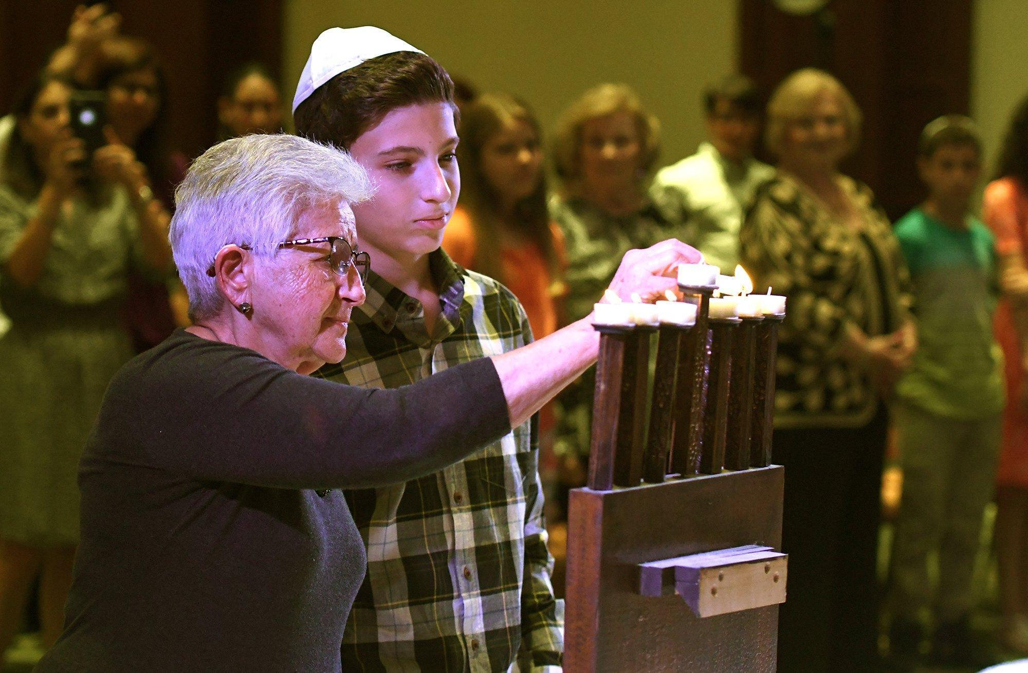 'Stories to be Remembered' presented during Yom HaShoah commemoration