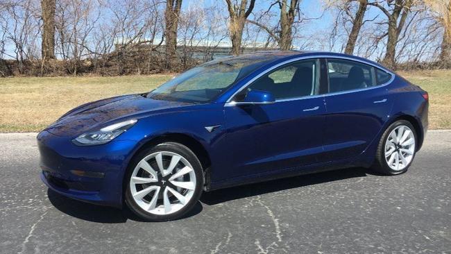 2018 Tesla Model 3 At A Glance