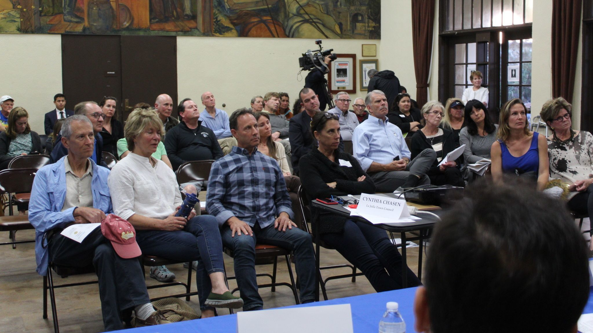 A mostly angry Town Council audience listens to Bike Coalition director Andy Handshaw.