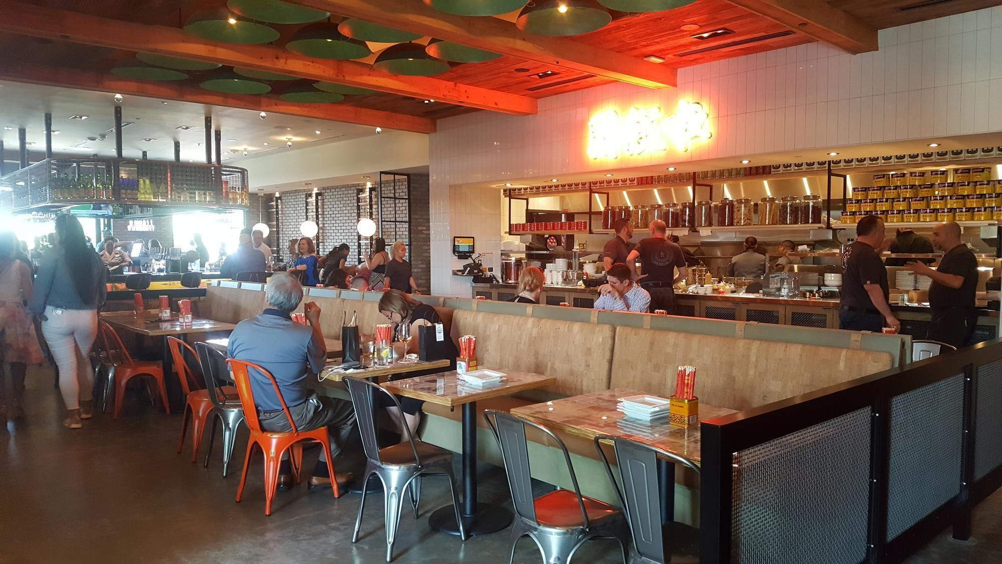 First Look Hawkers Asian Street Fare In Windermere