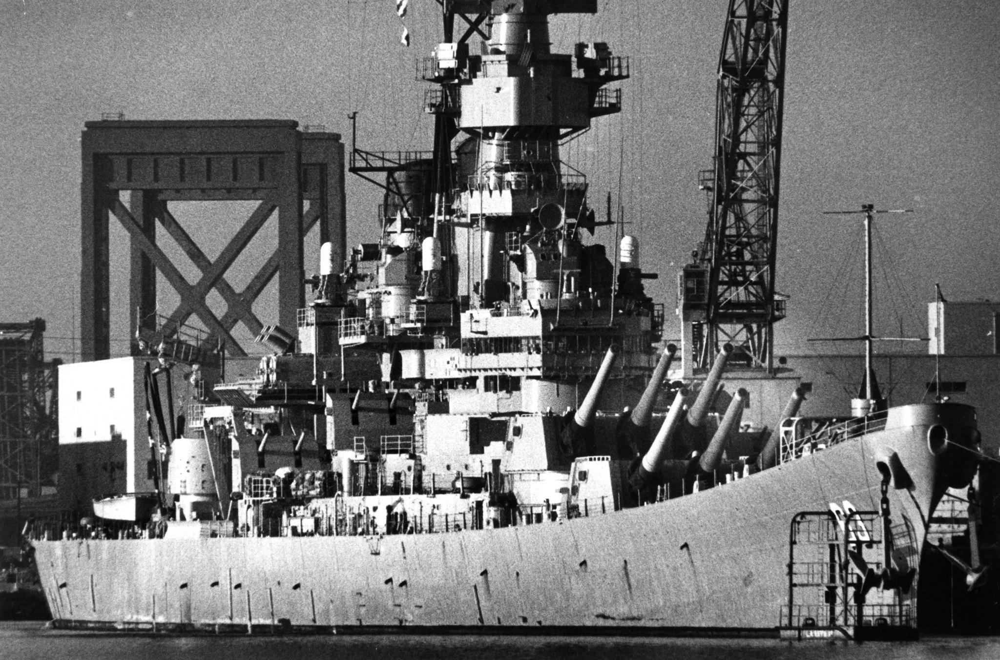 Nov. 15, 1989: The battleship USS Missouri docked at the Long Beach Naval Station.