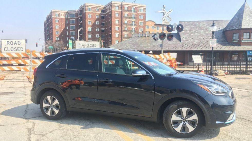Considering A Plug In Car 2018 Kia Niro Phev Is Good Starter Chicago Tribune
