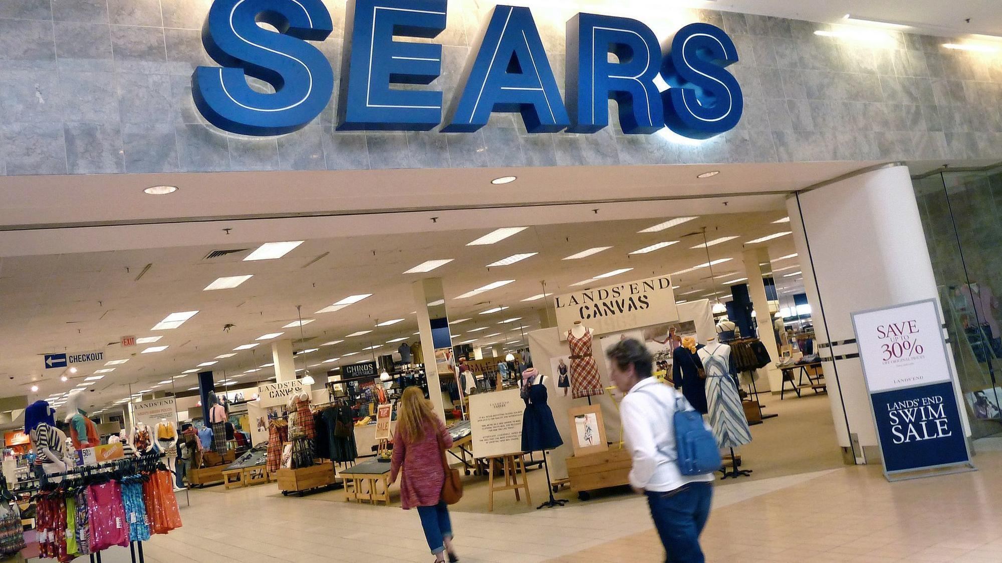 Sears Ceo Edward Lampert S Fund Offers To Buy Kenmore