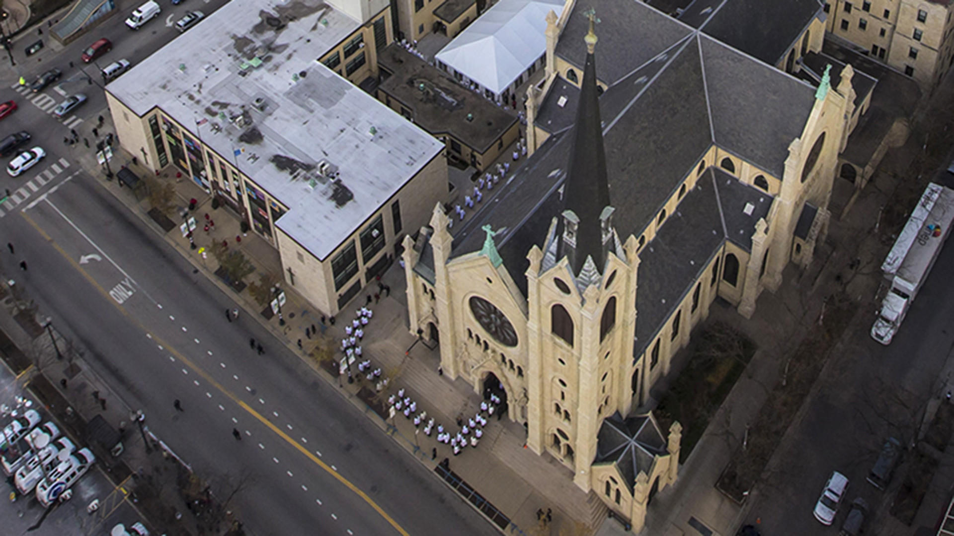 As much as $100,000 taken from collection plate at Holy Name Cathedral, police say