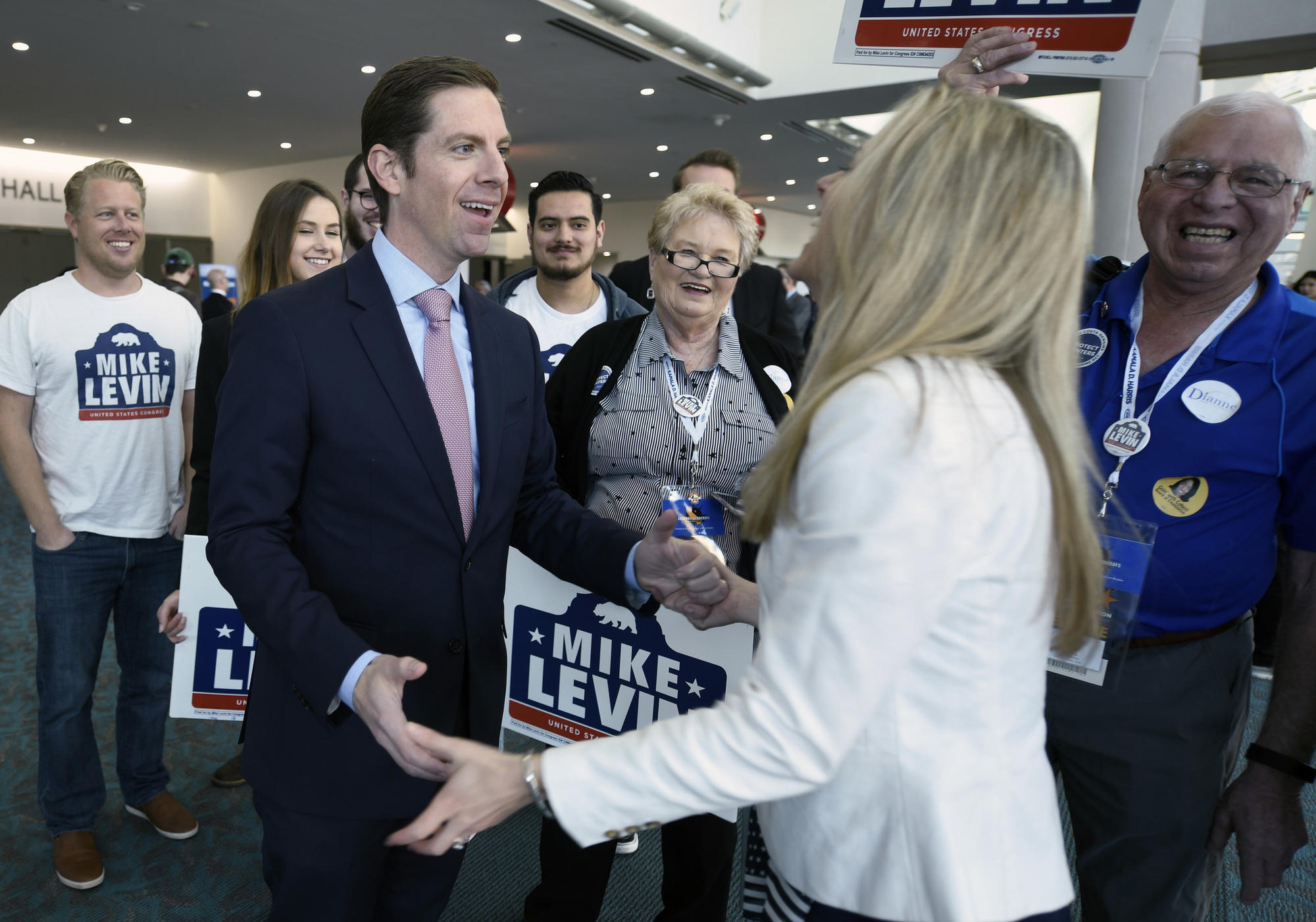 Mike Levin, Chrissy Levin