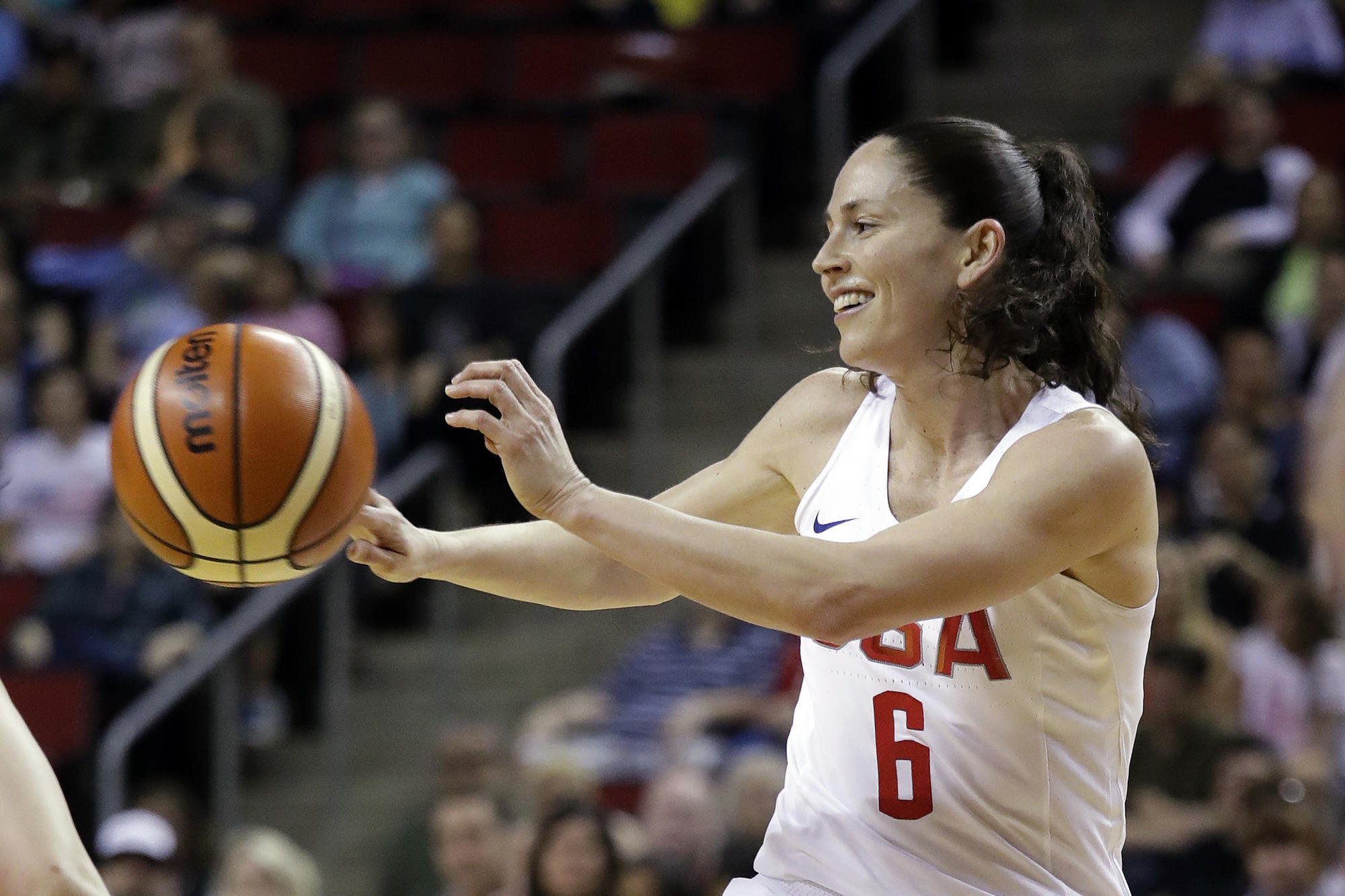 Former UConn Basketball Stars Shine In USA Win Over China