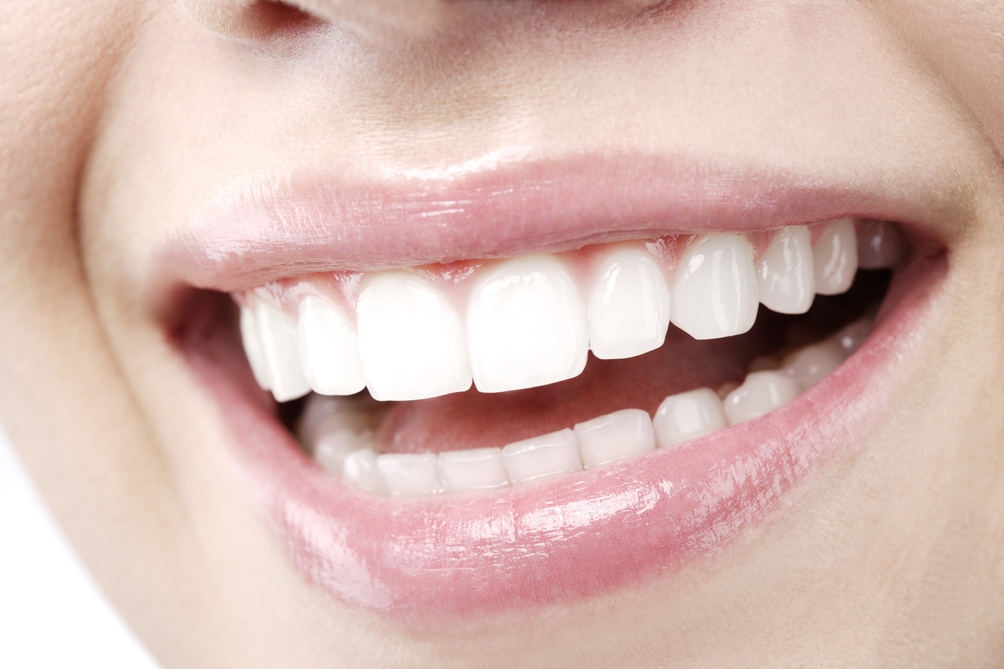 The Pros And Cons Of Whitening Your Teeth Chicago Tribune