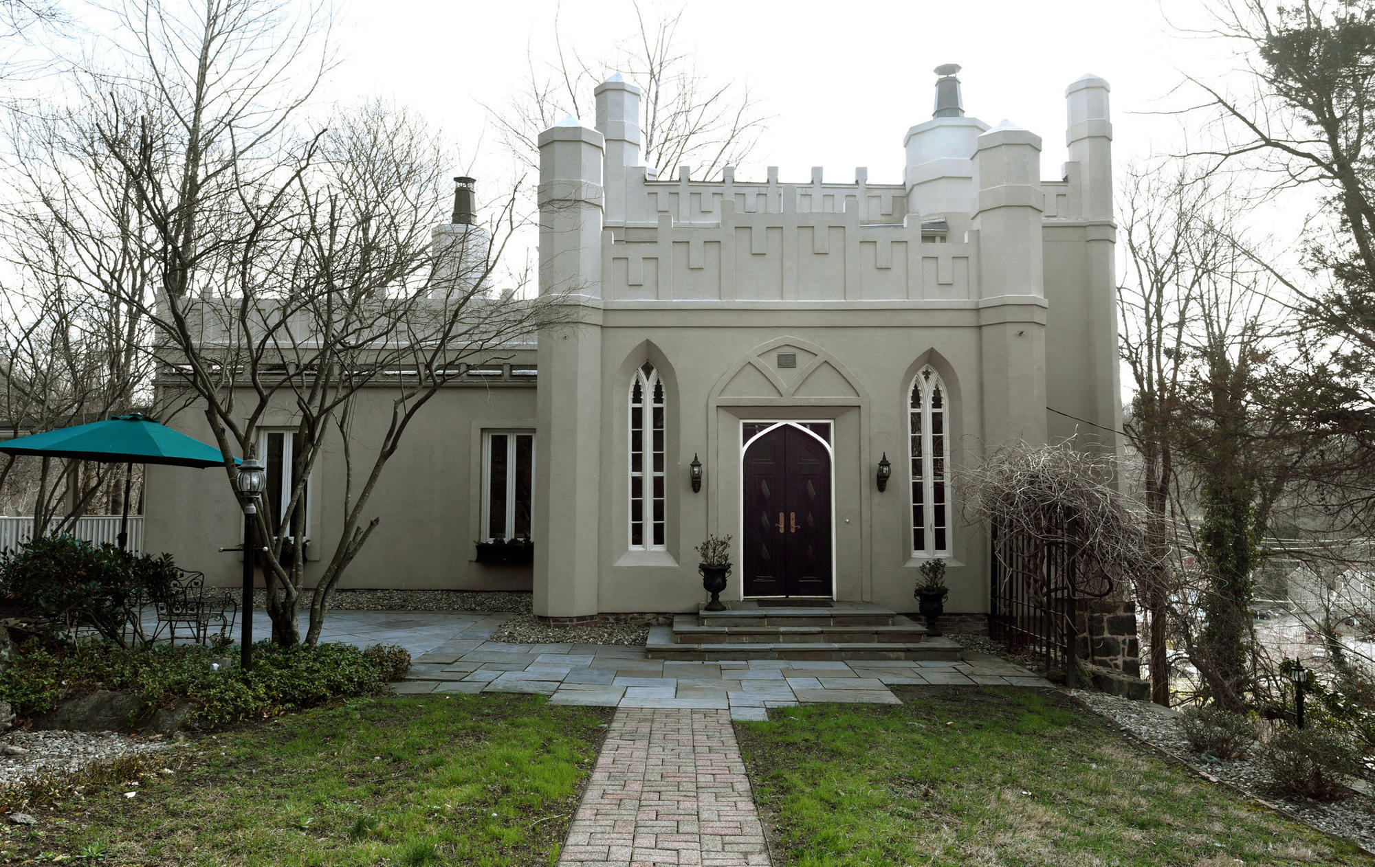 Built In The 1830s Now Renovated Castle Angelo Ellicott City For Sale