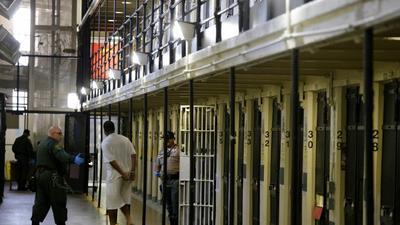 California les paga la universidad a los prisioneros; ¿en cuántas cárceles operan estos programas?