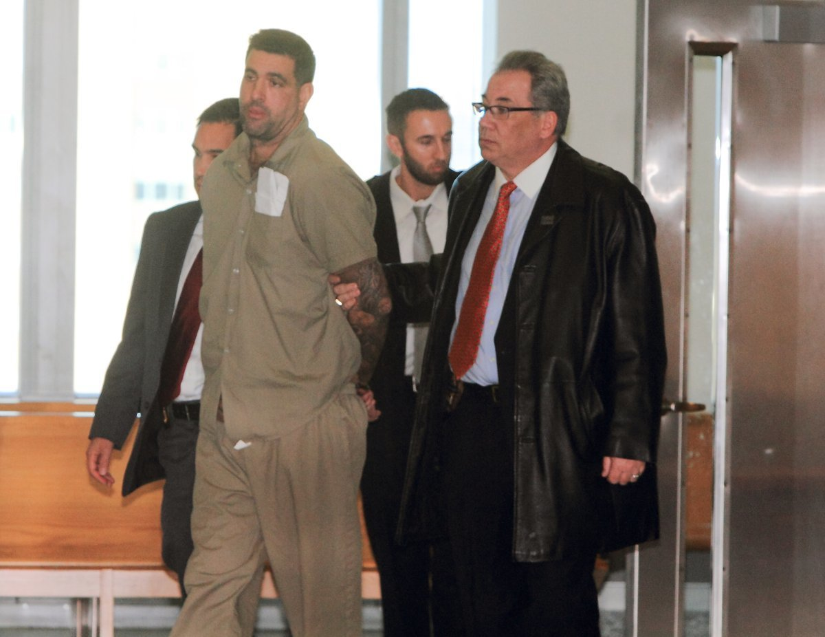 Defense lawyer, in closing arguments for 2016 slaying of beloved Brooklyn pizzeria owner, insists prosecutors failed to prove their case
