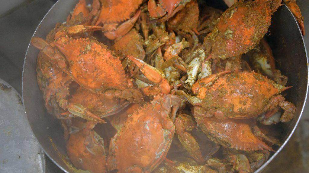 Crab Crackdown Feds Move To Restrict Food Stamp Use For Carryout
