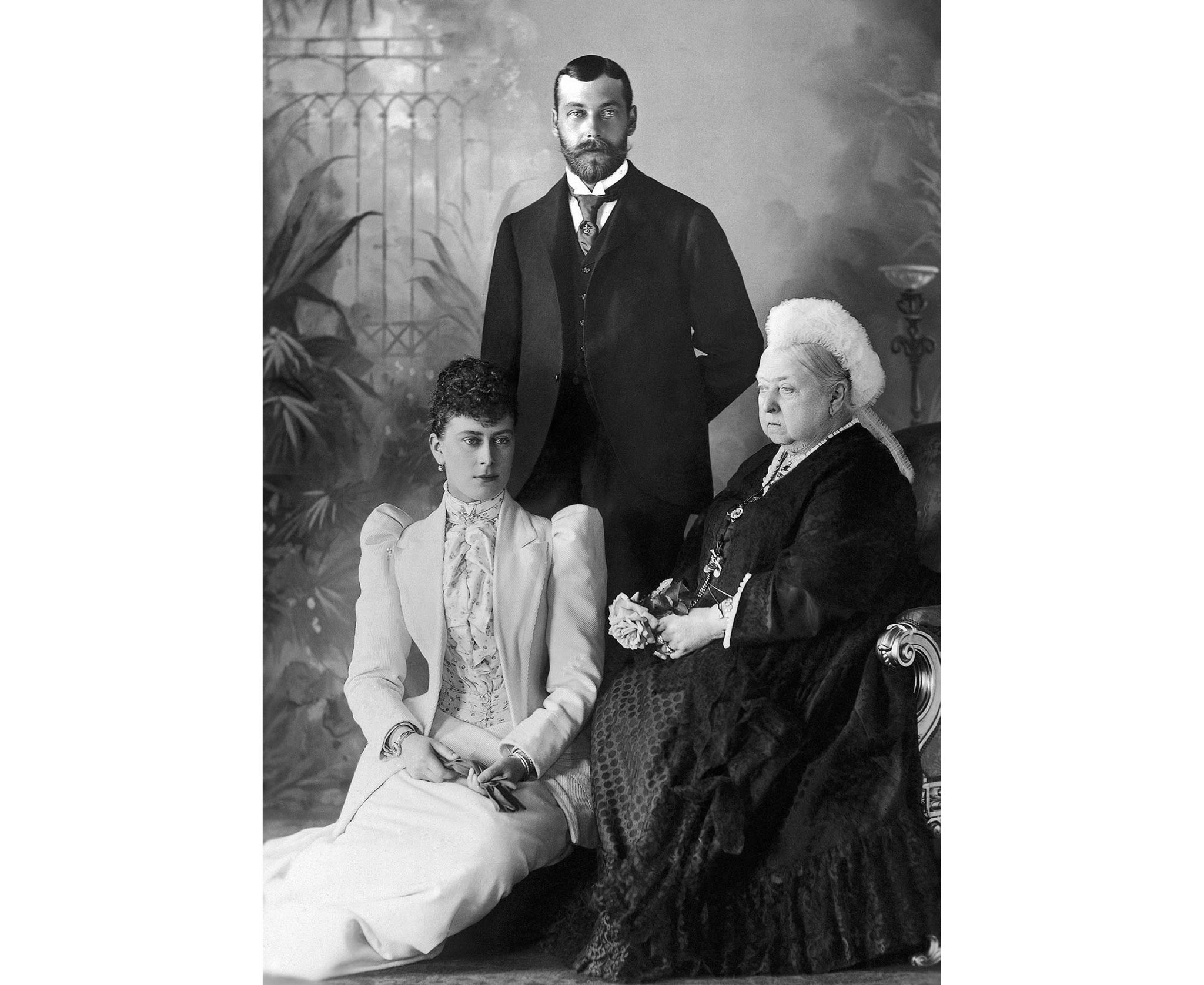 King George V, Queen Mary, Queen Victoria