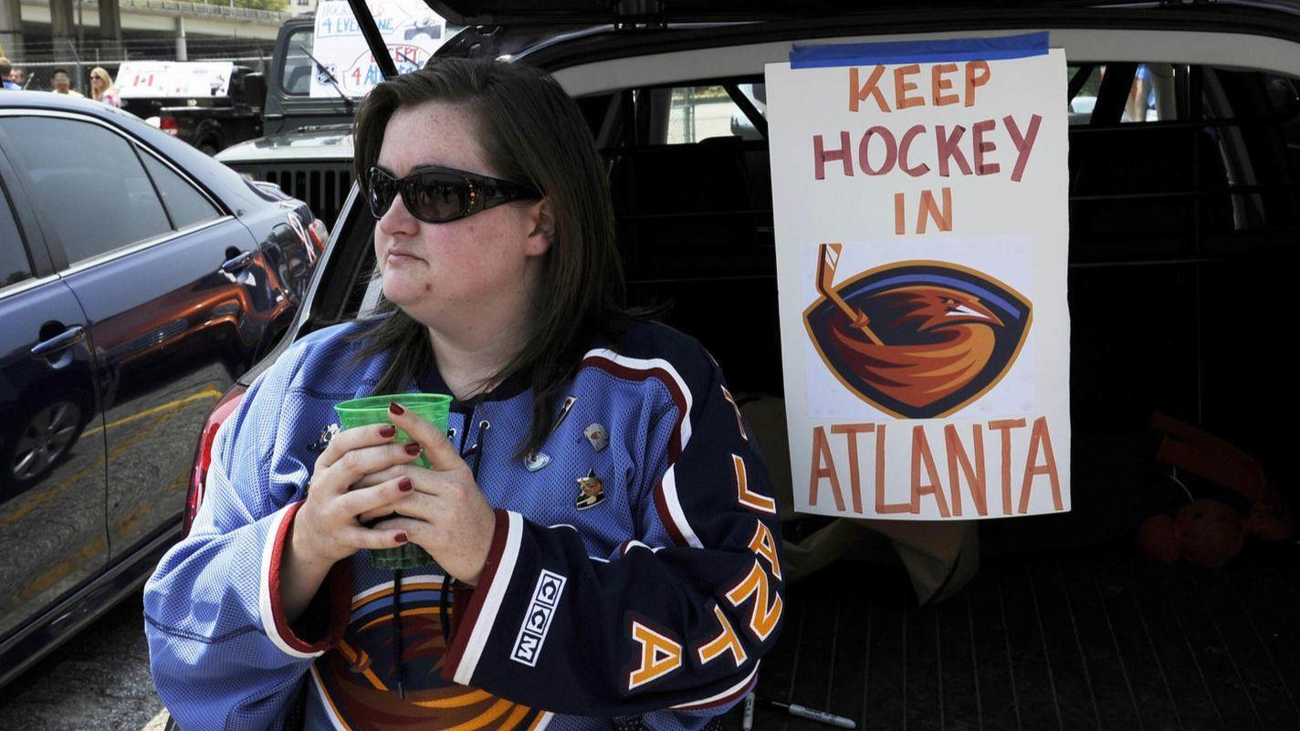 Atlanta hockey fans cheering Anybody But The Jets - Chicago Tribune a70c6b34a