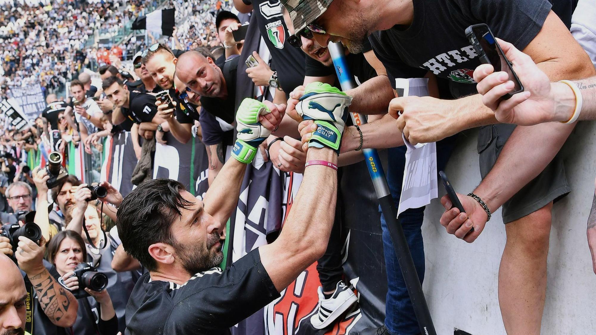 Buffon plays last match for Juventus in victory over Verona - Chicago  Tribune baa586bd260
