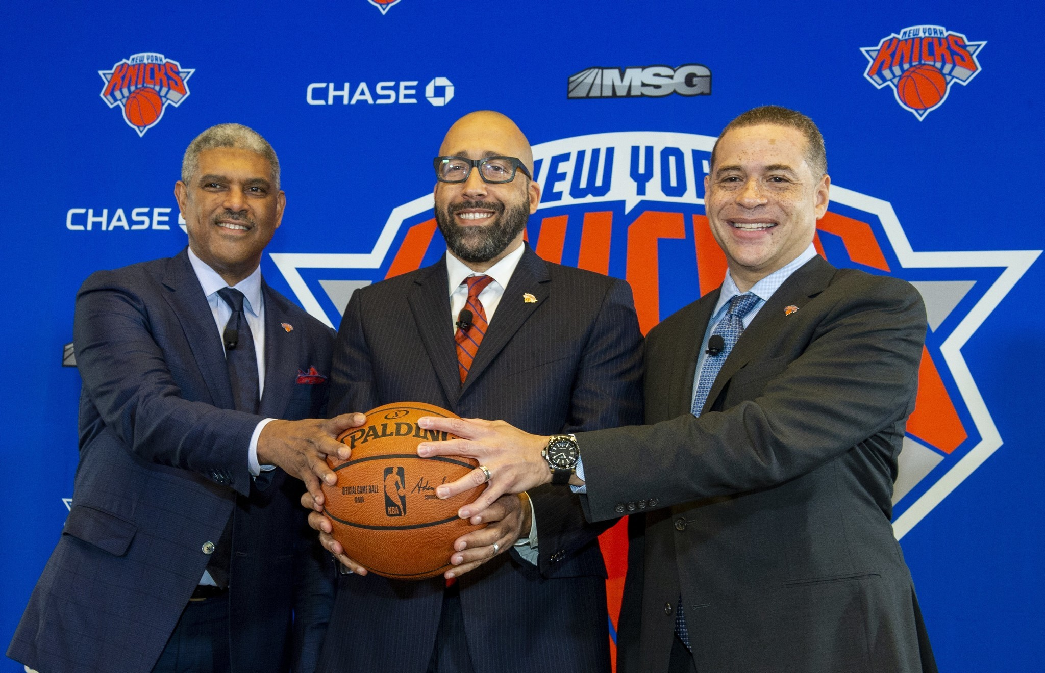 Knicks insult fans again by not explaining Fizdale firing