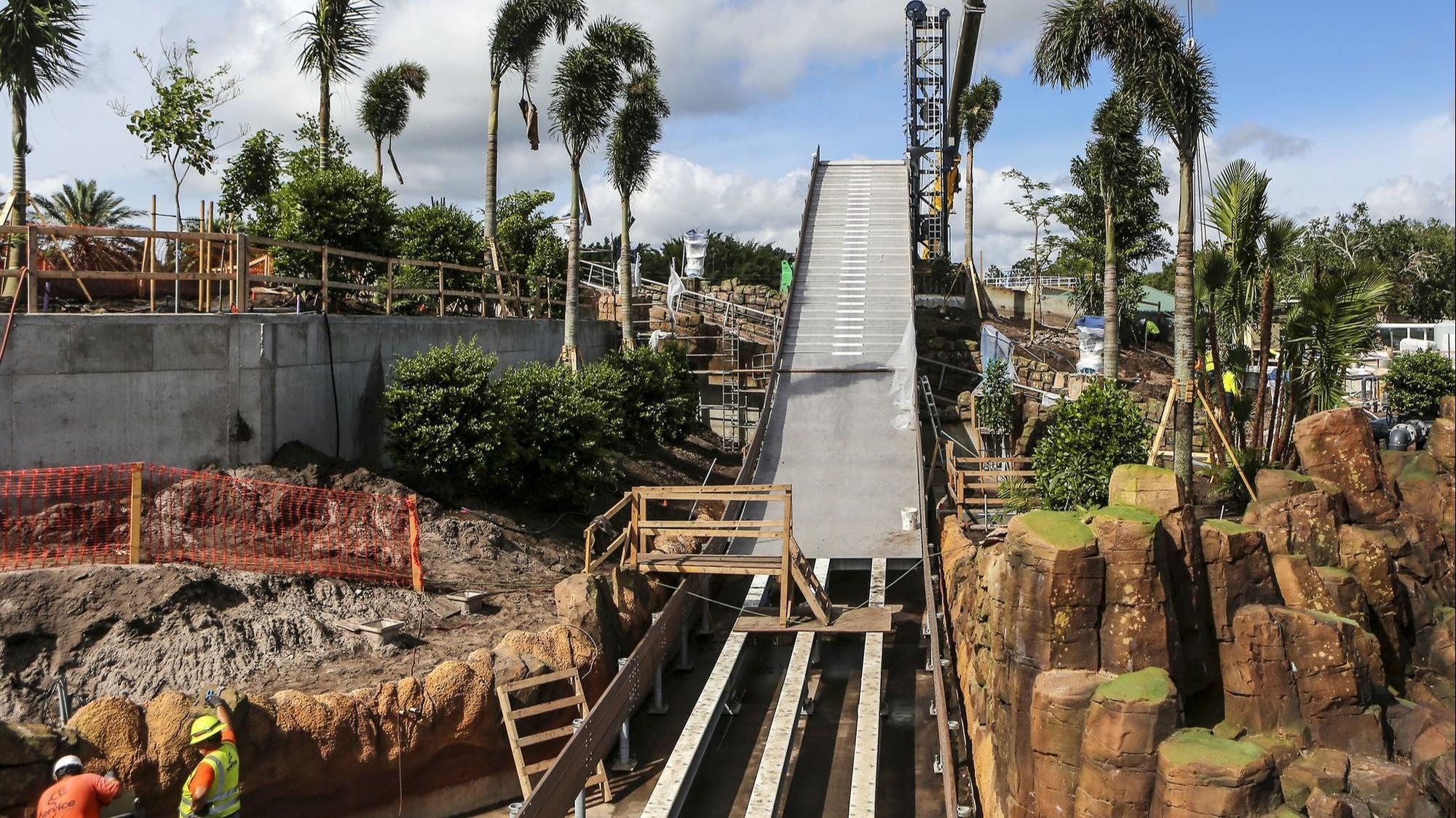 Texting While Driving >> SeaWorld Orlando: Rapids, 'appropriate' drenching await on ...