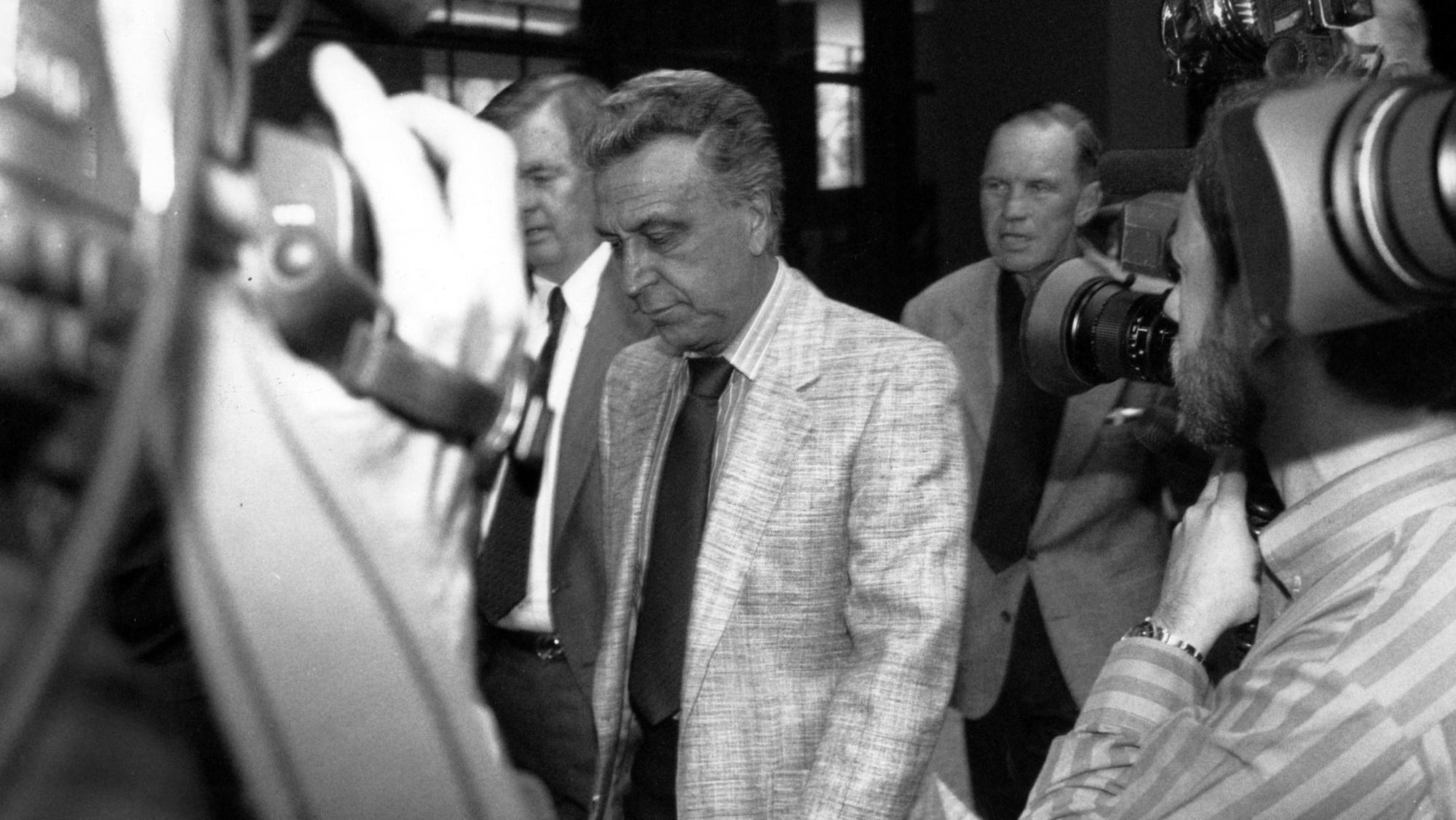 Reputed Chicago Outfit boss John DiFronzo dies at 89