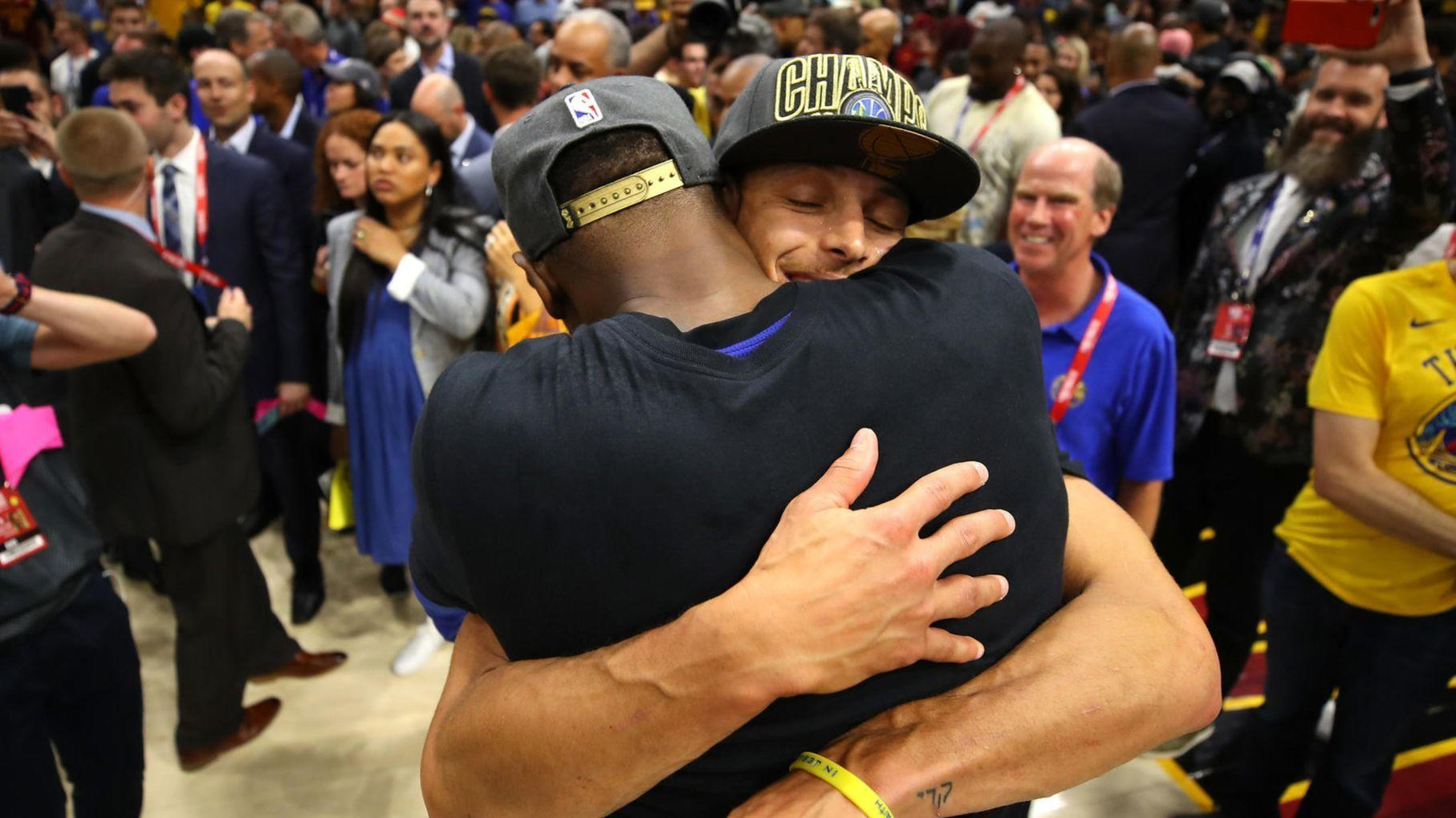 b976627057de Warriors repeat as NBA champions