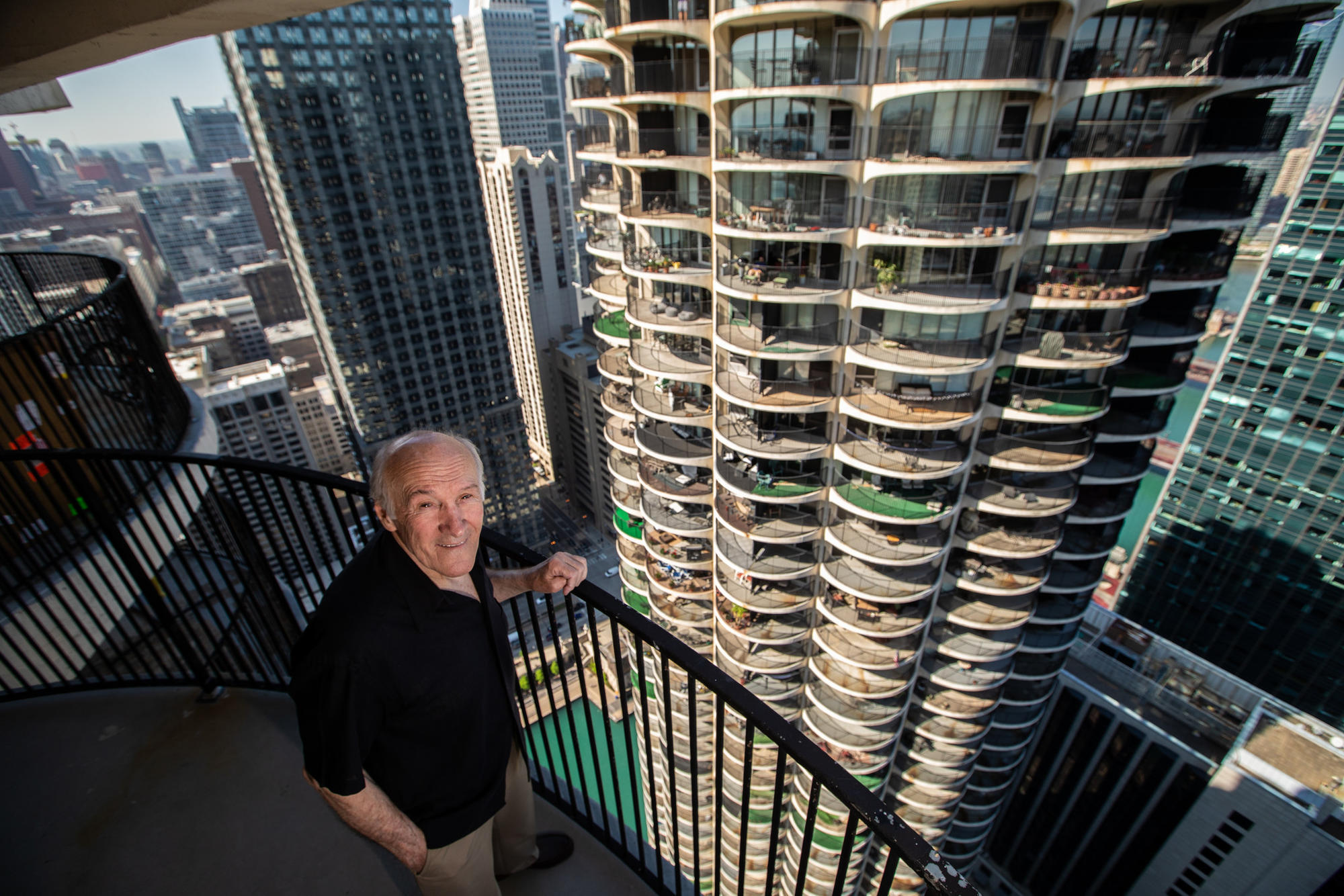At 80 Ironworker Who Has Dangled Atop Chicago S Tallest