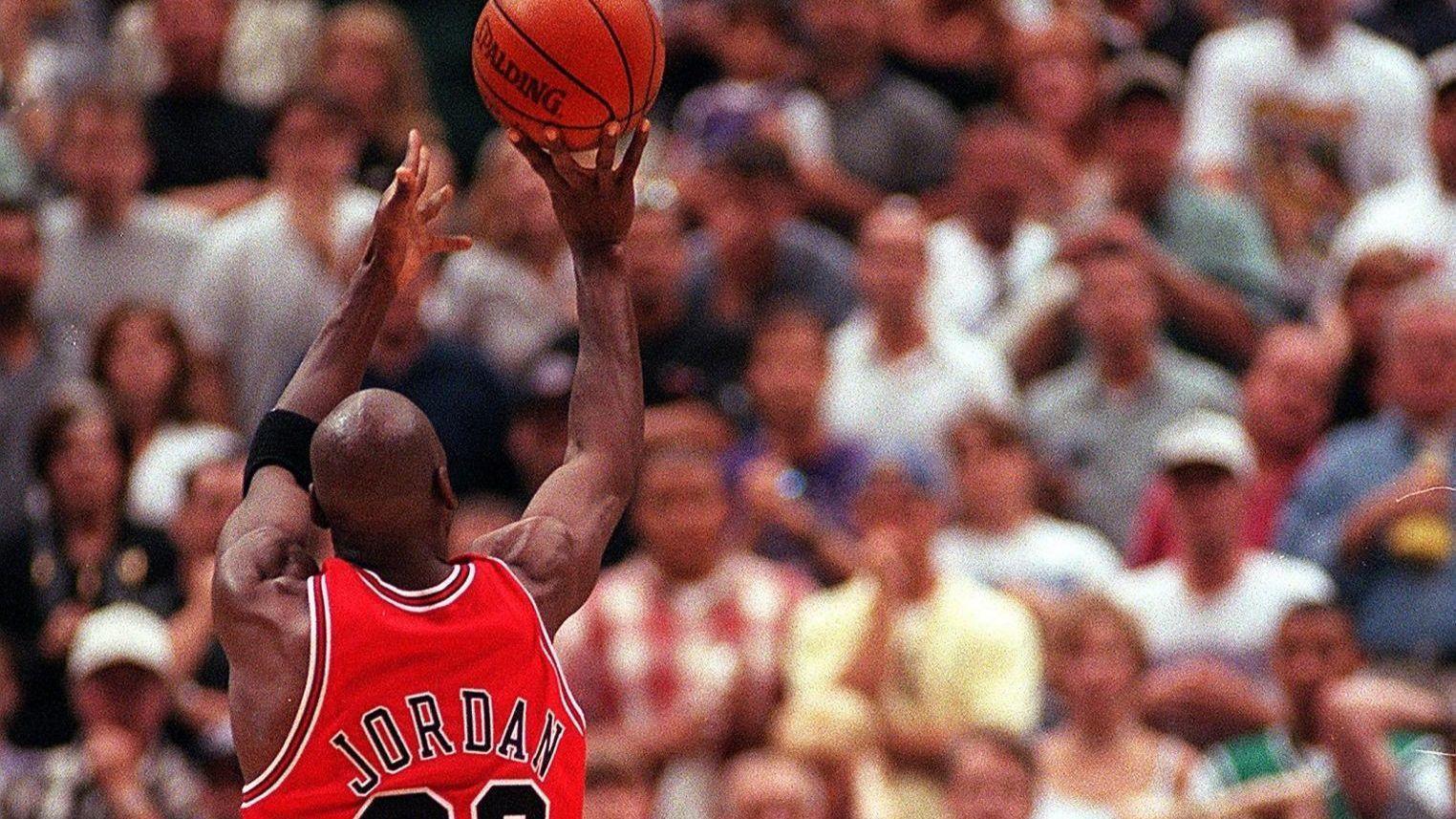 4291d16ce45c2b Michael Jordan s final shot as a Bull was the most memorable call of Bob  Costas  career