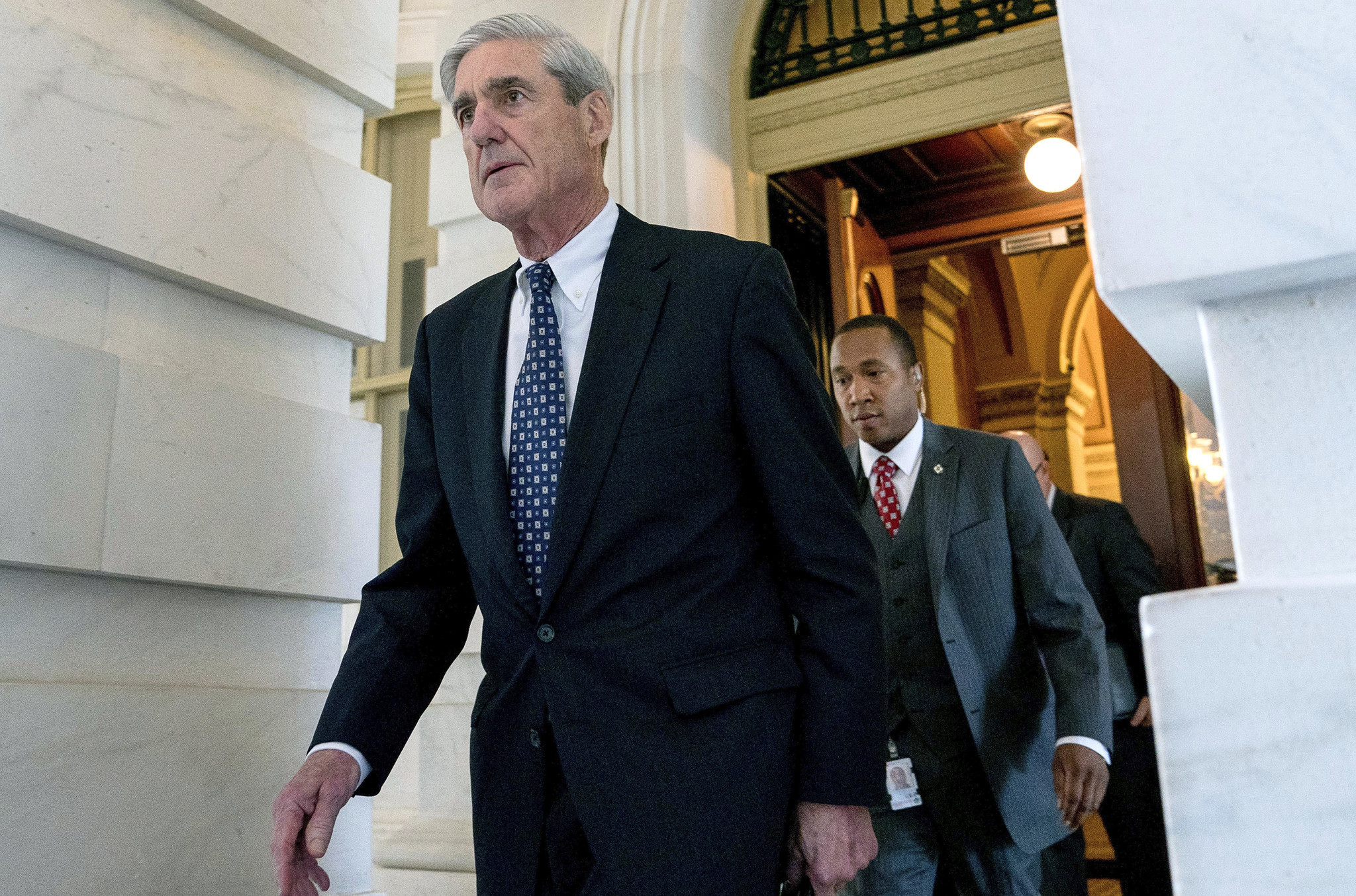 As Mueller moves to finalize obstruction report, Trump's allies ready for political battle