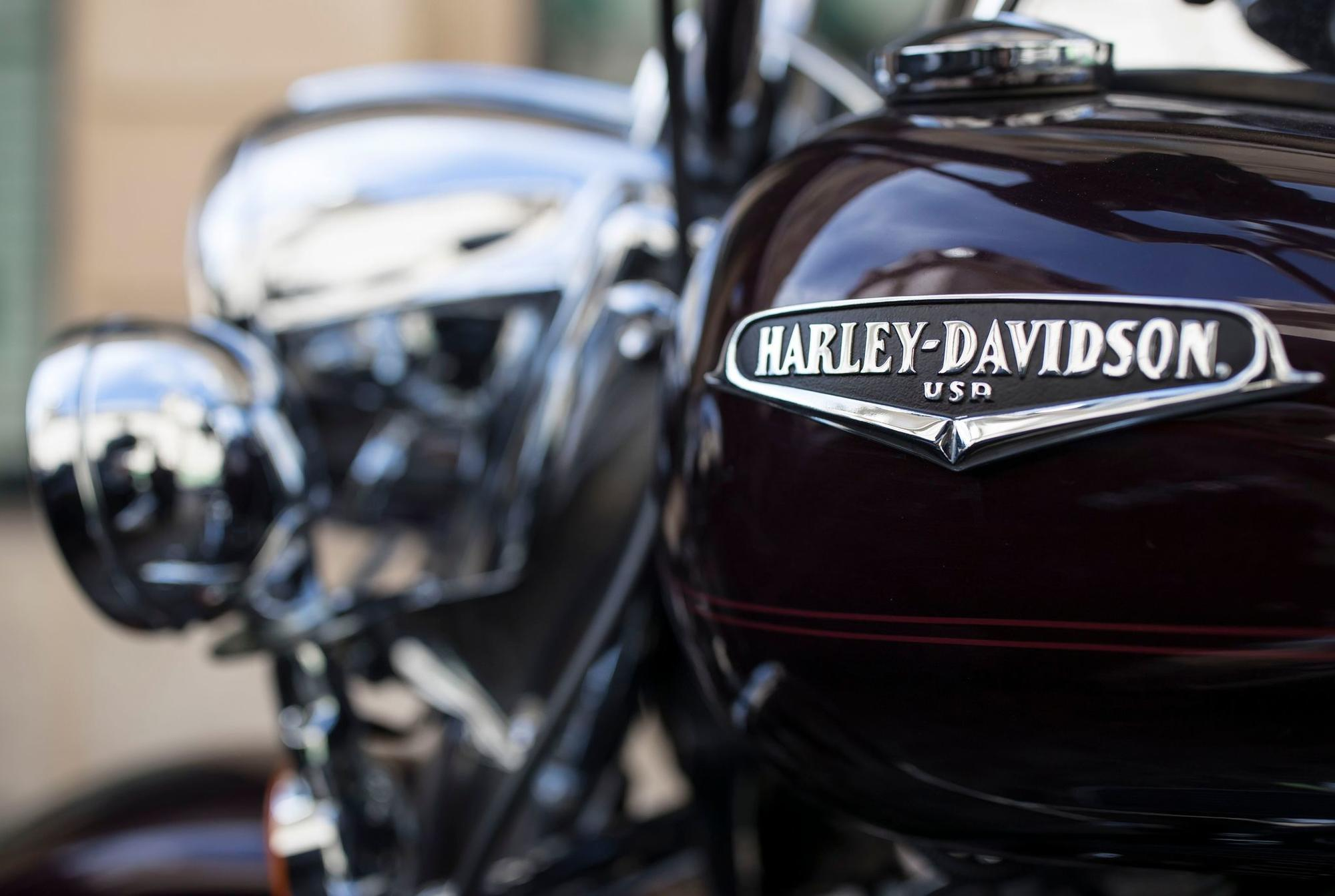 Harley Davidson: Trump Accuses Harley-Davidson Of Waving 'white Flag' For