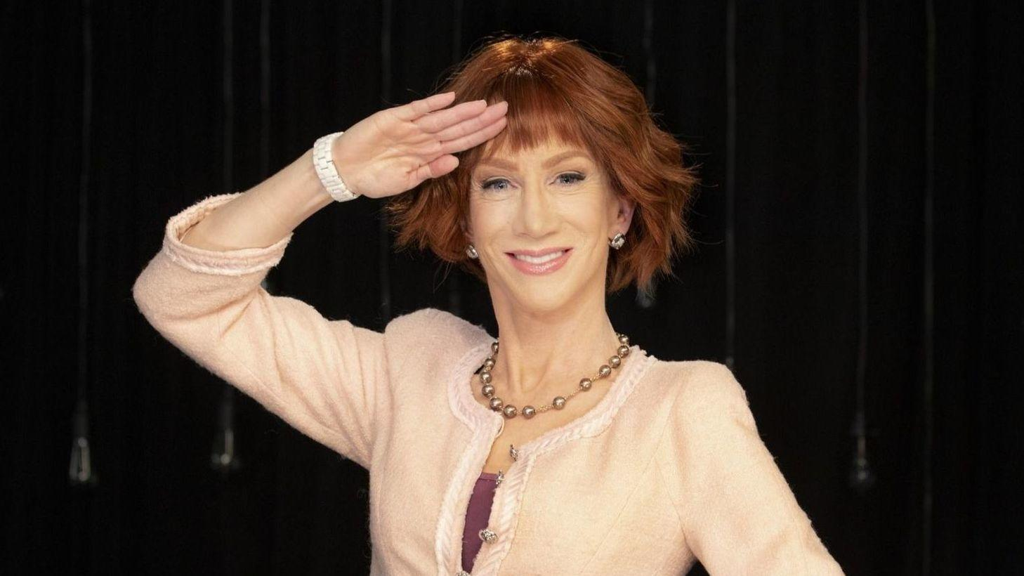 kathy griffin goes for 3 funny hours at the chicago theatre without