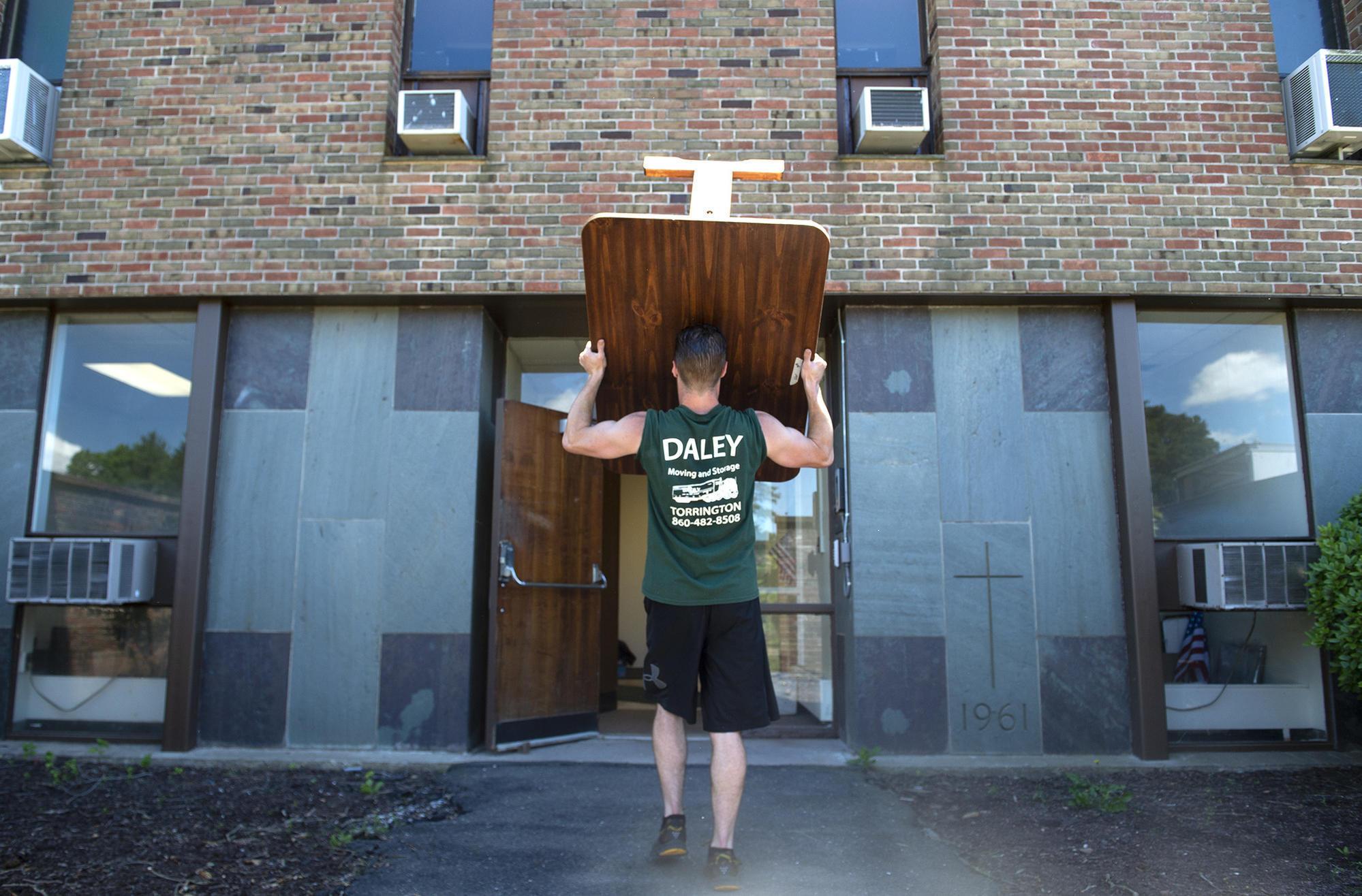 West Hartford Ben Bronz Academy Moves Into New Space Next To Northwest Catholic