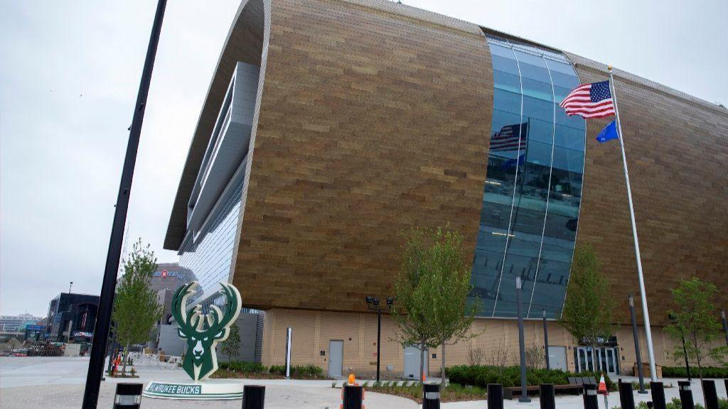 A city divided: Bucks see new arena as downtown melting ...