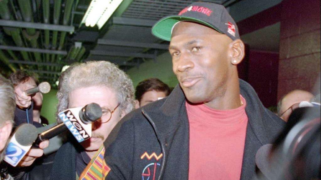 db68392bb293 LeBron James got it right this time  He copied Michael Jordan ...