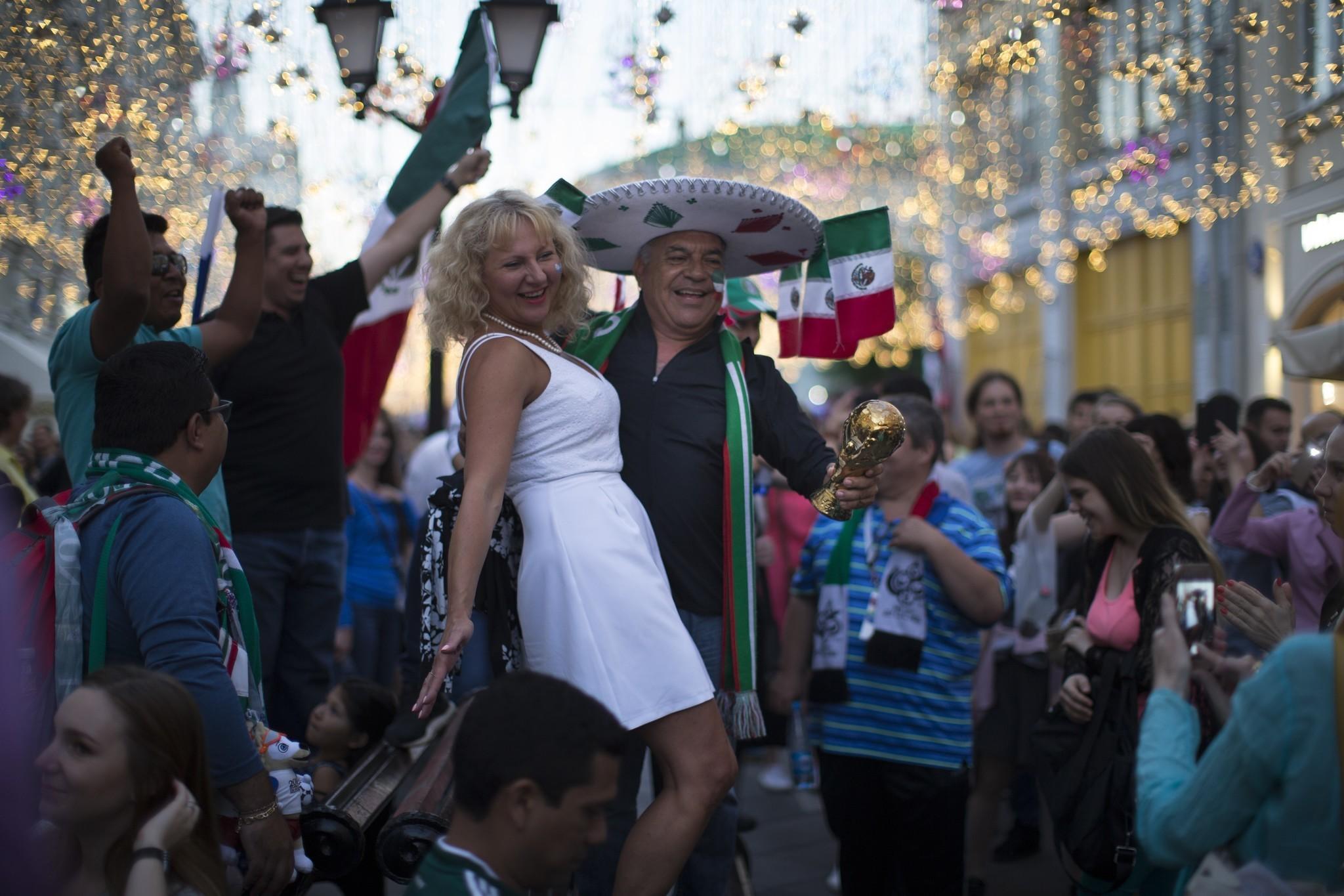 Mexicanos abandonan Rusia c73341b3784