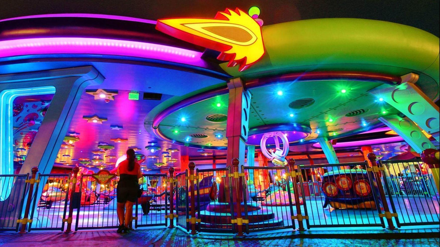 Disney World Holiday Plans Include Toy Story Land Up Show