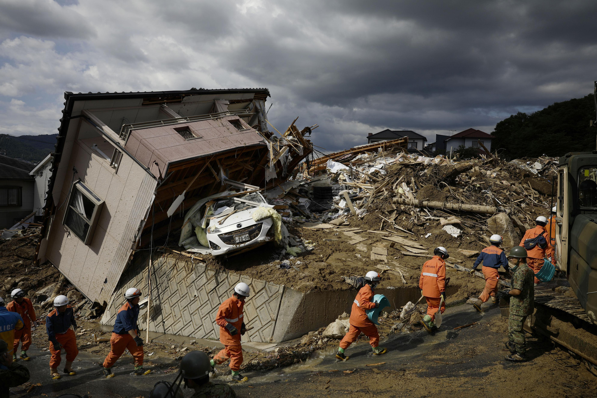 Many out of power, water in flood-hit Japan; dozens ...