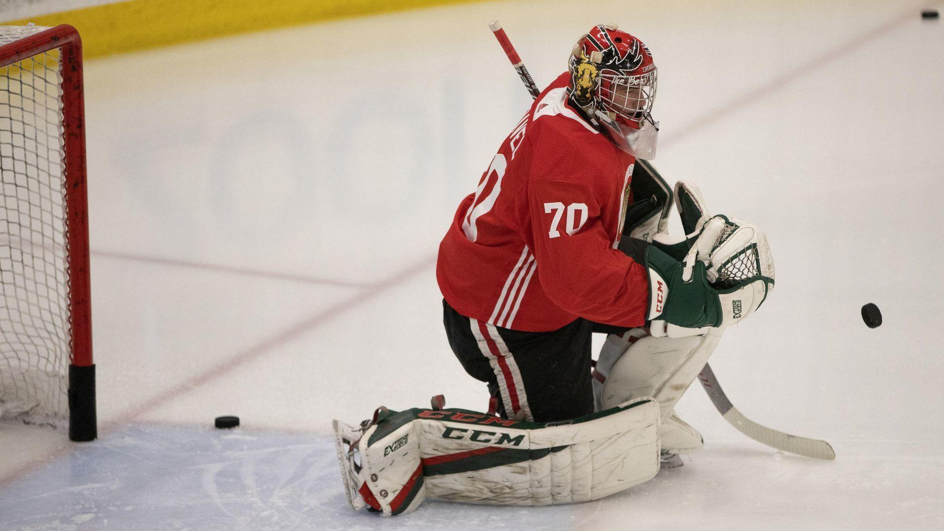 b1724585e0a How did these Blackhawks prospects become goalies  Let us count the ways -  Chicago Tribune
